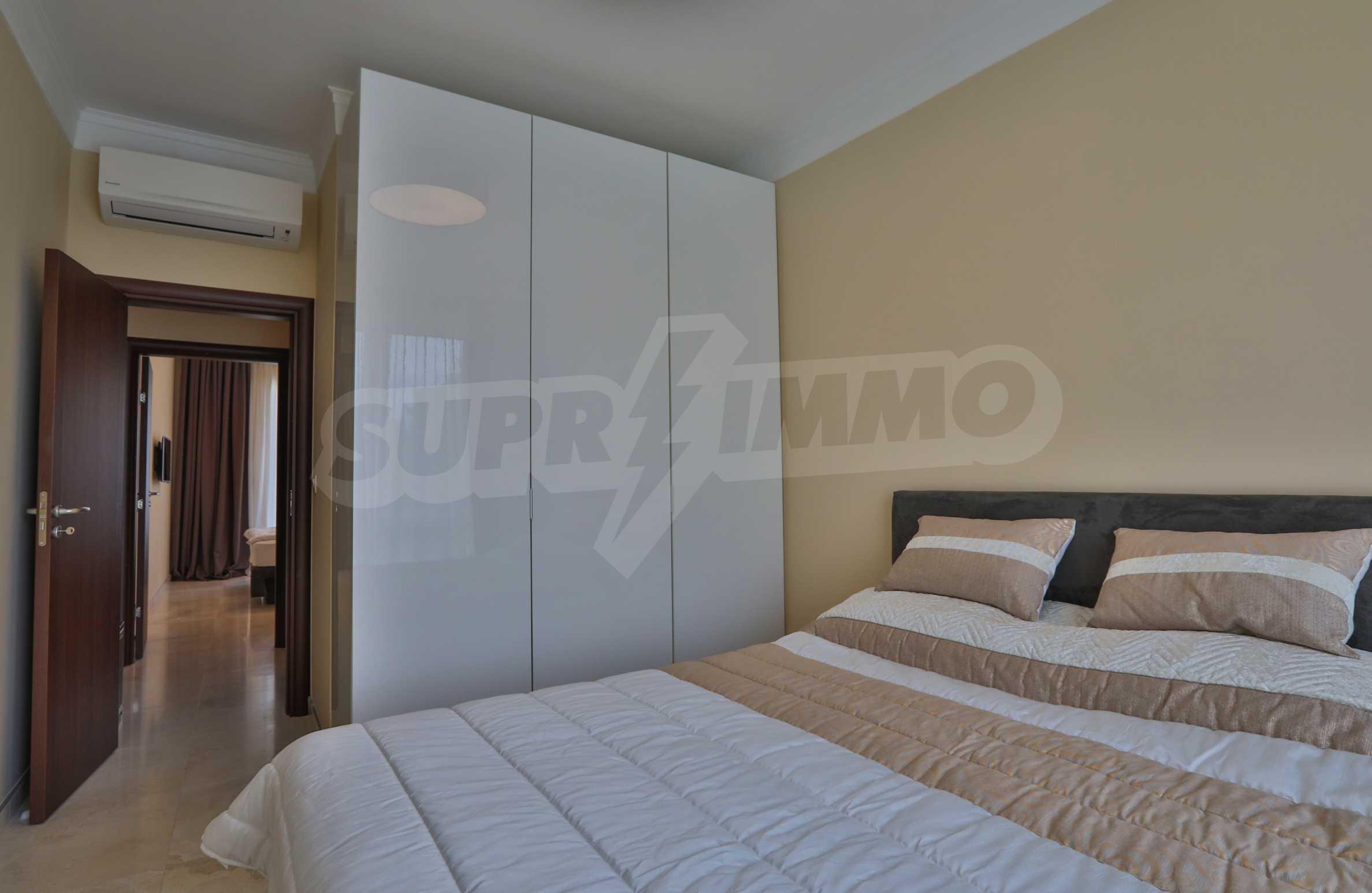 Дизайнерски апартамент с 2 спални в луксозната морска резиденция Belle Époque в Лозенец 20