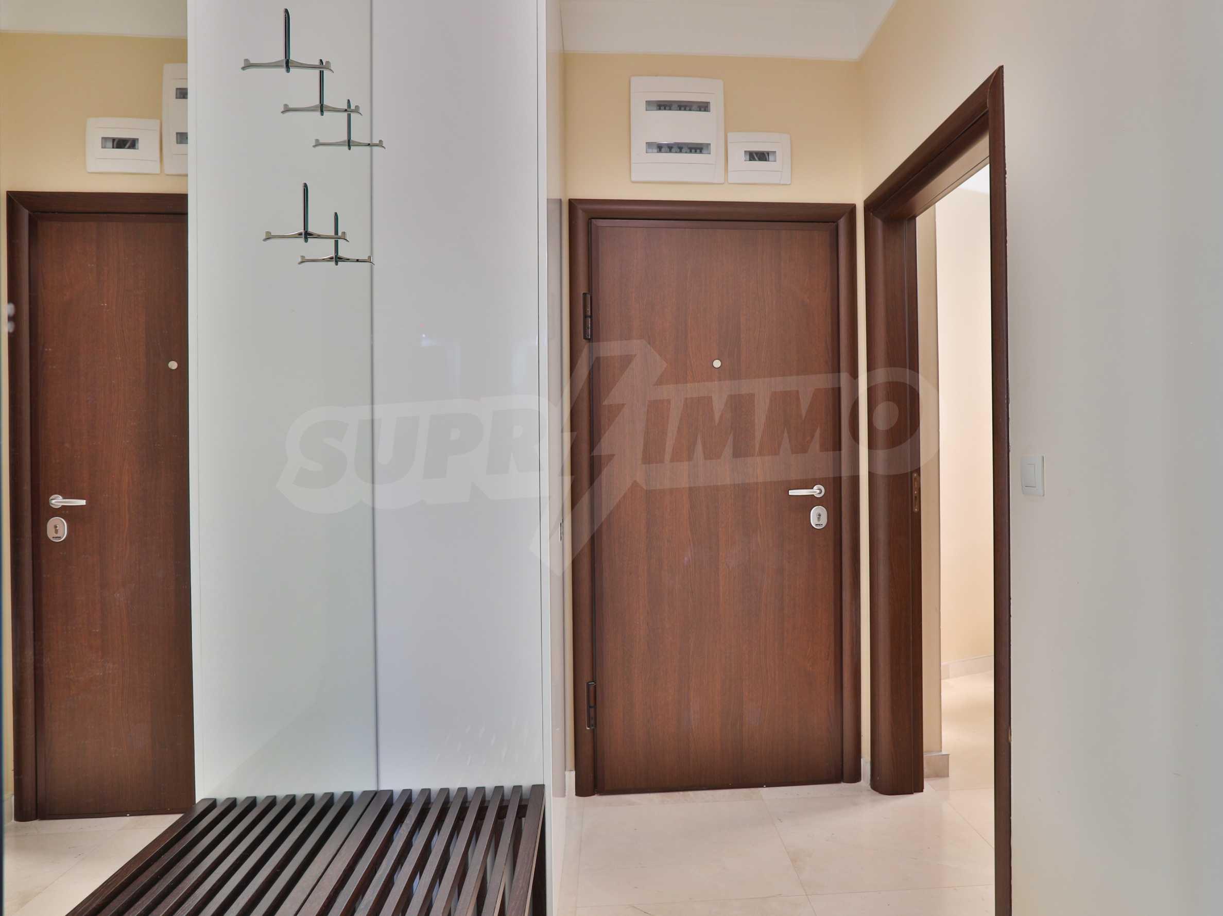 Дизайнерски апартамент с 2 спални в луксозната морска резиденция Belle Époque в Лозенец 26