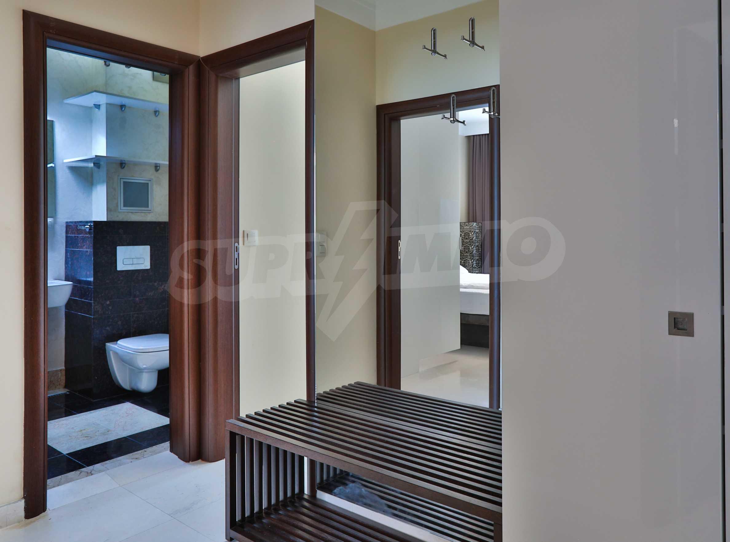Дизайнерски апартамент с 2 спални в луксозната морска резиденция Belle Époque в Лозенец 27