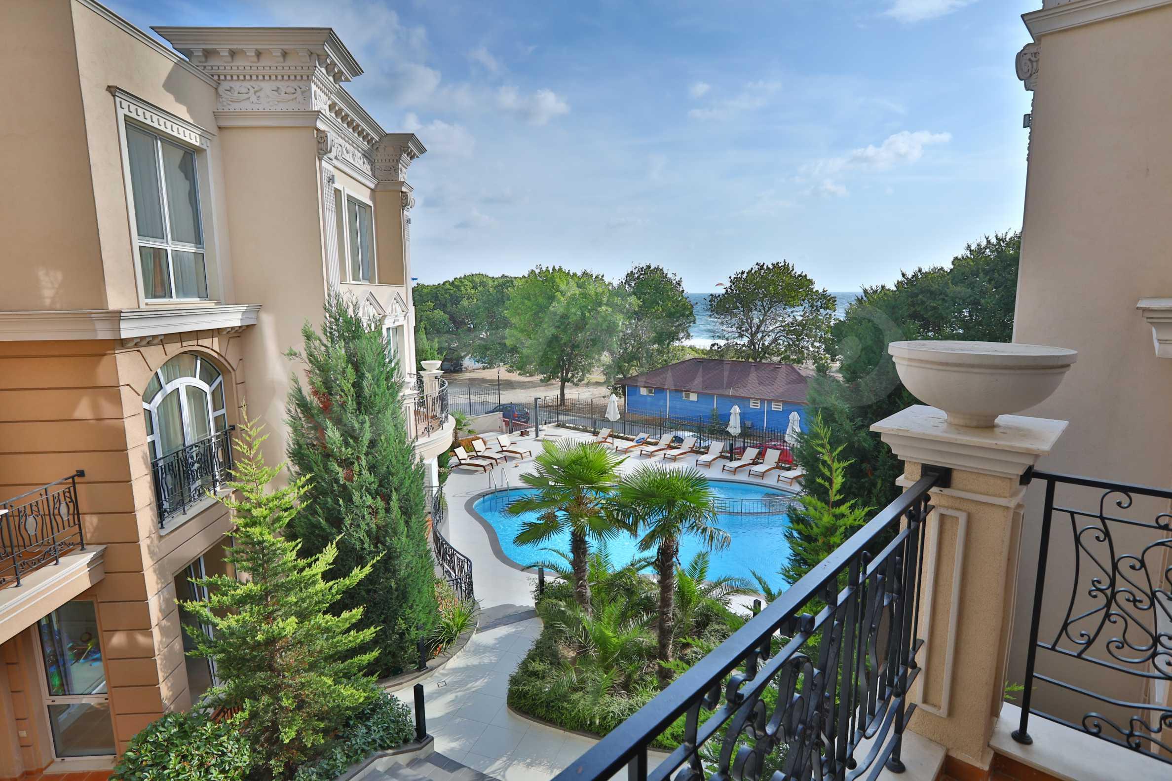 Exclusive 2-bedroom beachfront apartment in the prestigious Belle Époque Beach Residence 3