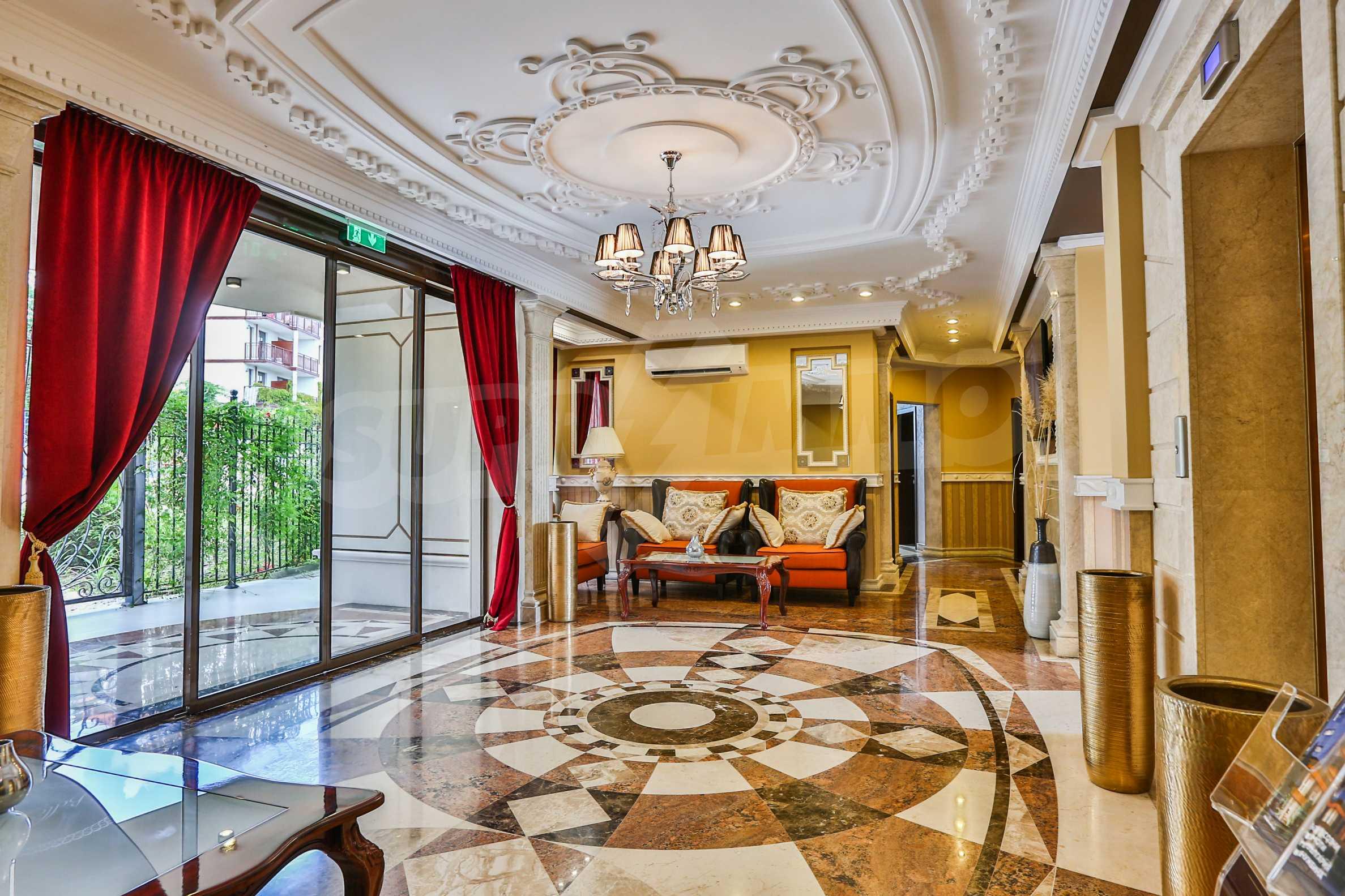 Дизайнерски апартамент с 2 спални в луксозната морска резиденция Belle Époque в Лозенец 30