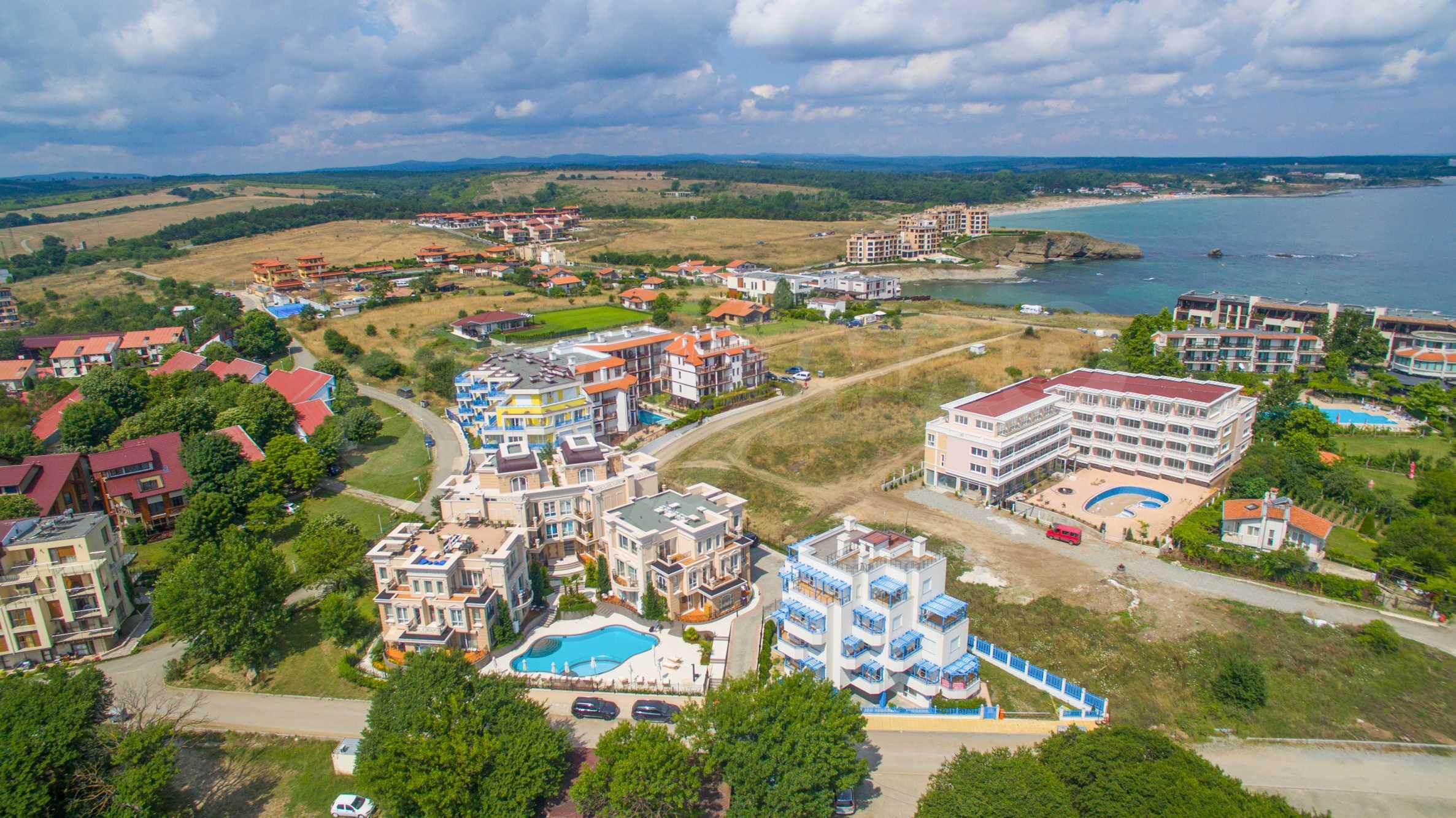 Exclusive 2-bedroom beachfront apartment in the prestigious Belle Époque Beach Residence 50