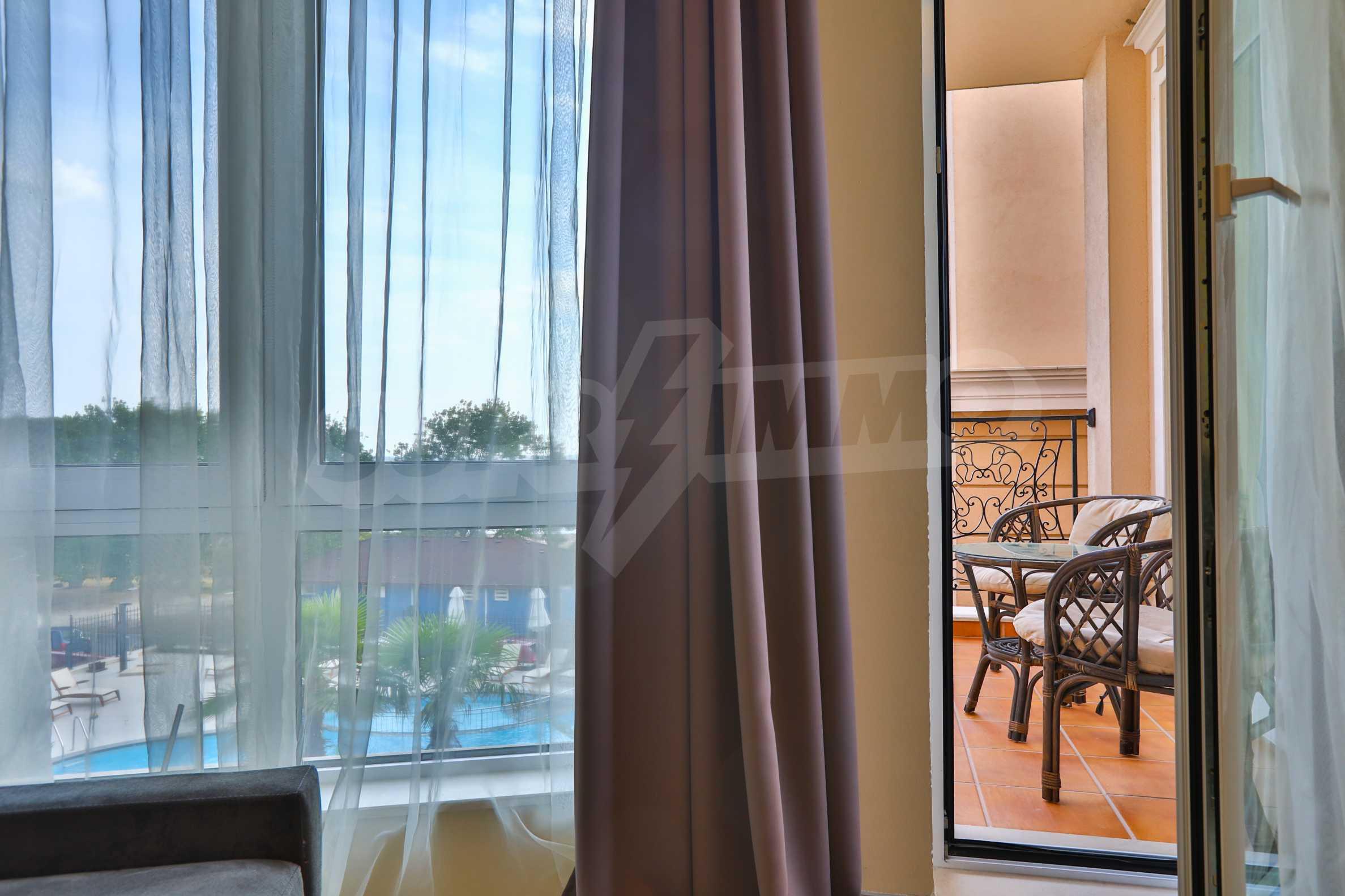 Дизайнерски апартамент с 2 спални в луксозната морска резиденция Belle Époque в Лозенец 9