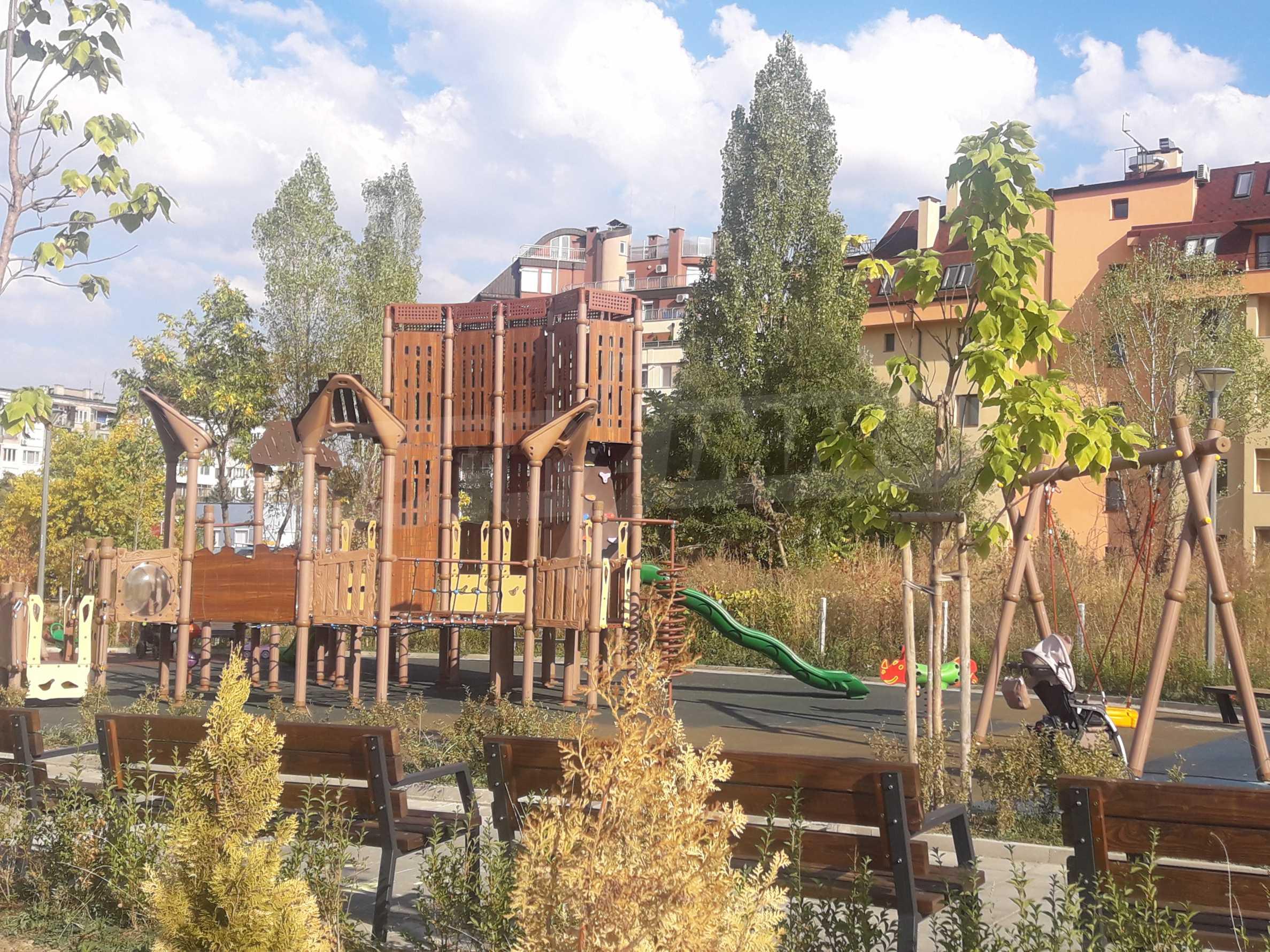 Двустаен апартамент в нова сграда на тиха улица до бул. България 4