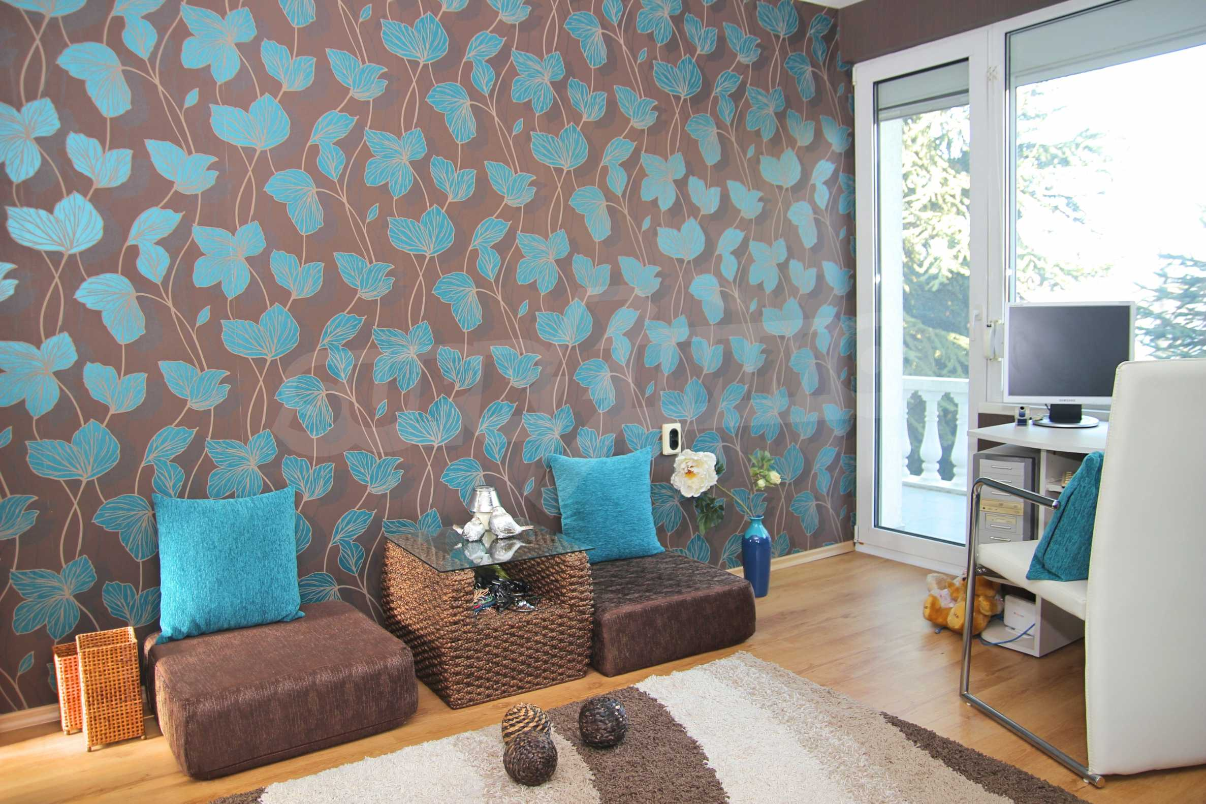 Two storey house with garage and sea views and the city of Varna 11