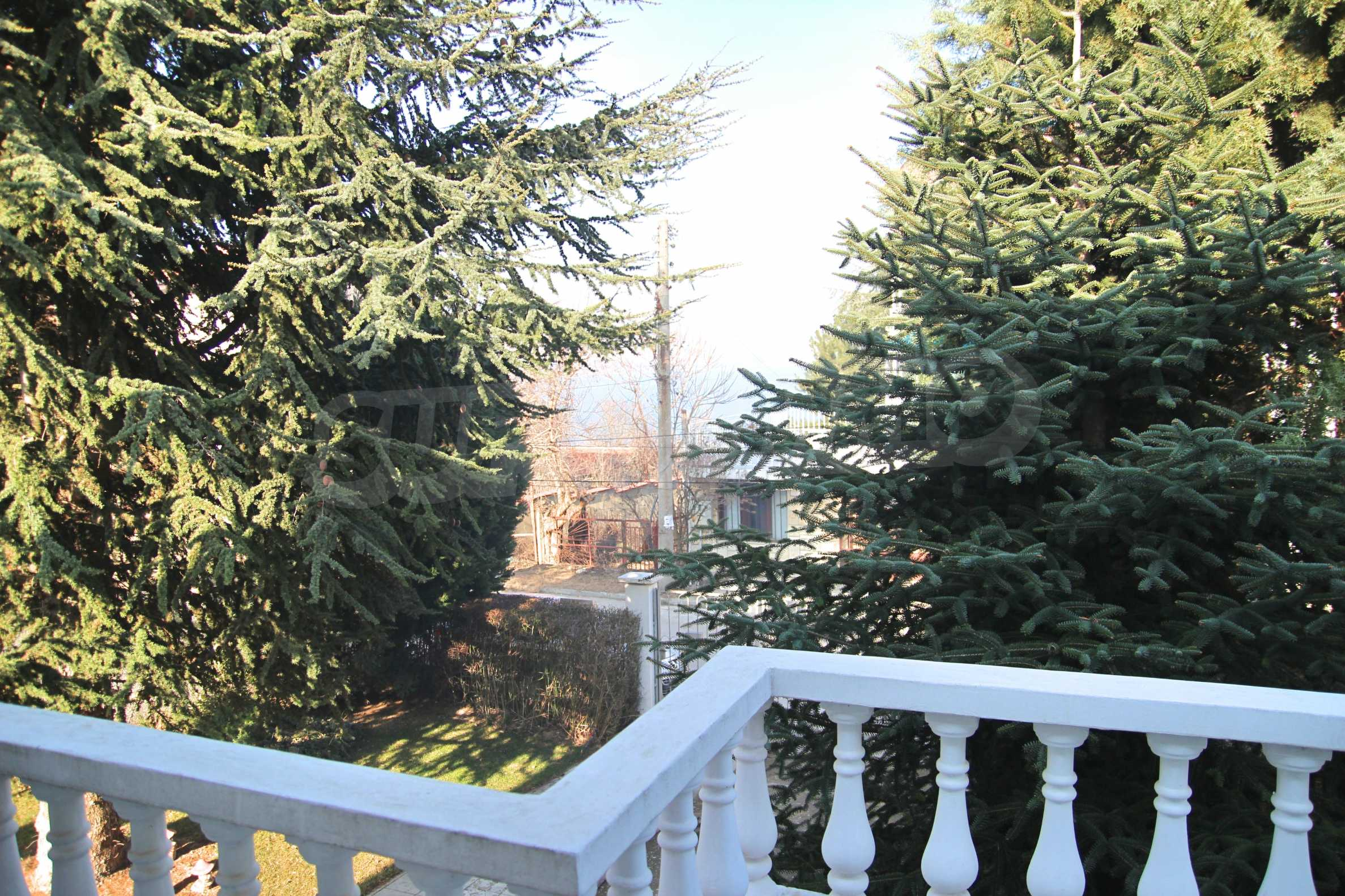 Two storey house with garage and sea views and the city of Varna 20