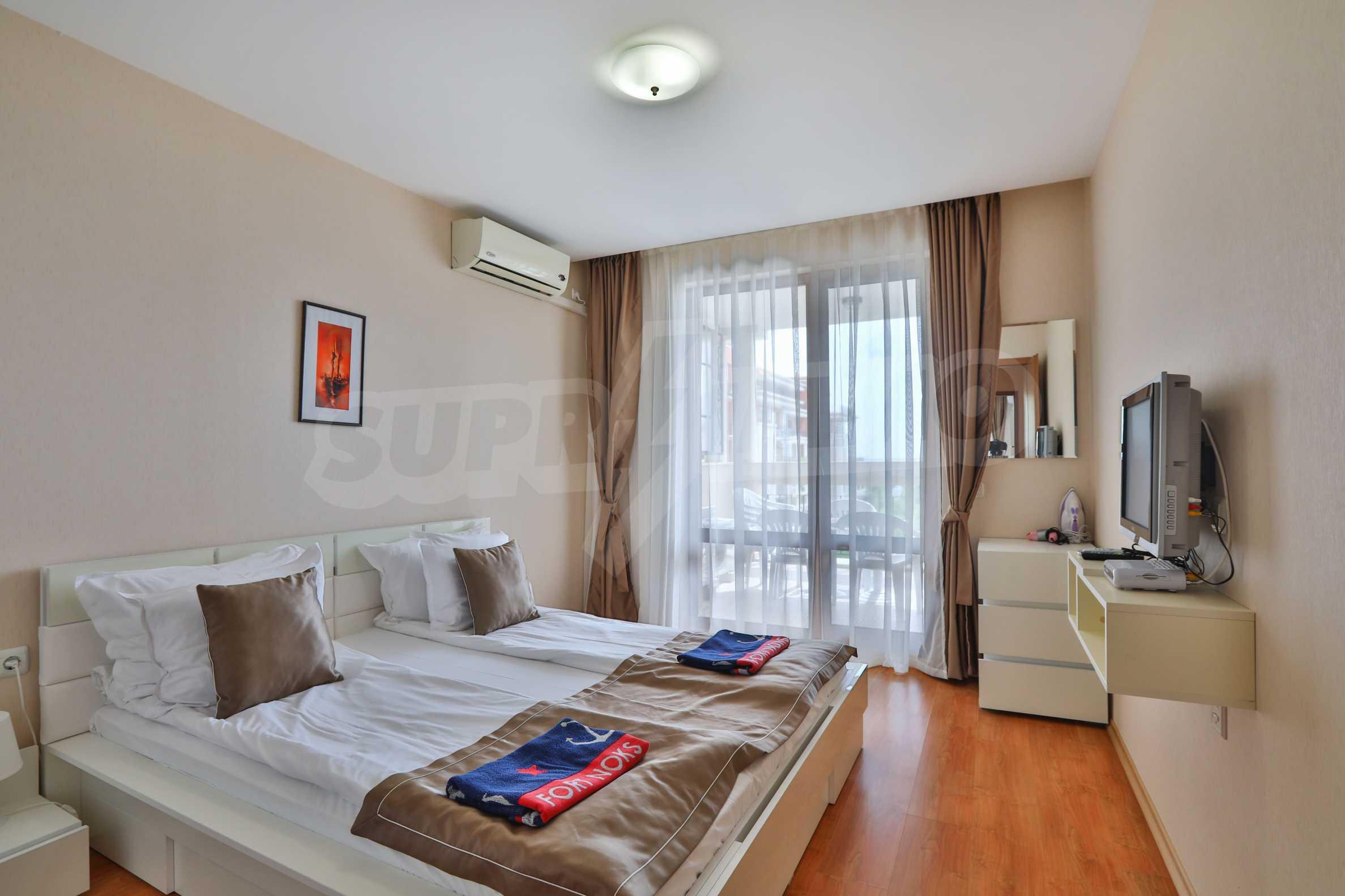 Просторен тристаен апартамент в елитен комплекс на метри от морето 6