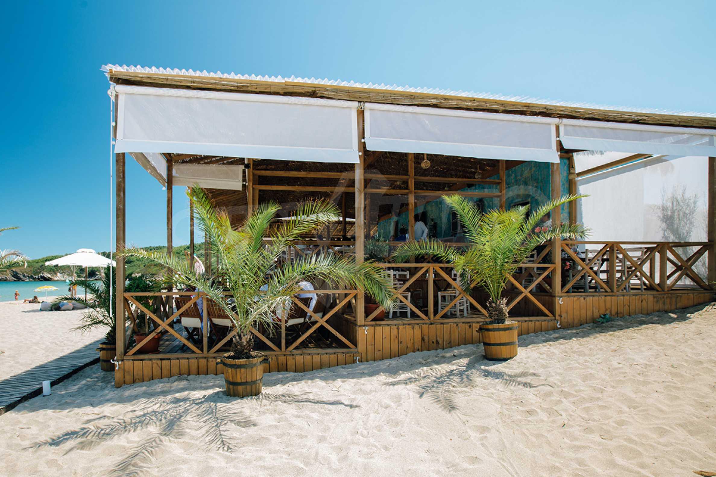 ПРОМО цени! Напълно завършена или нова къща в строеж на 100 метра от плажа 19