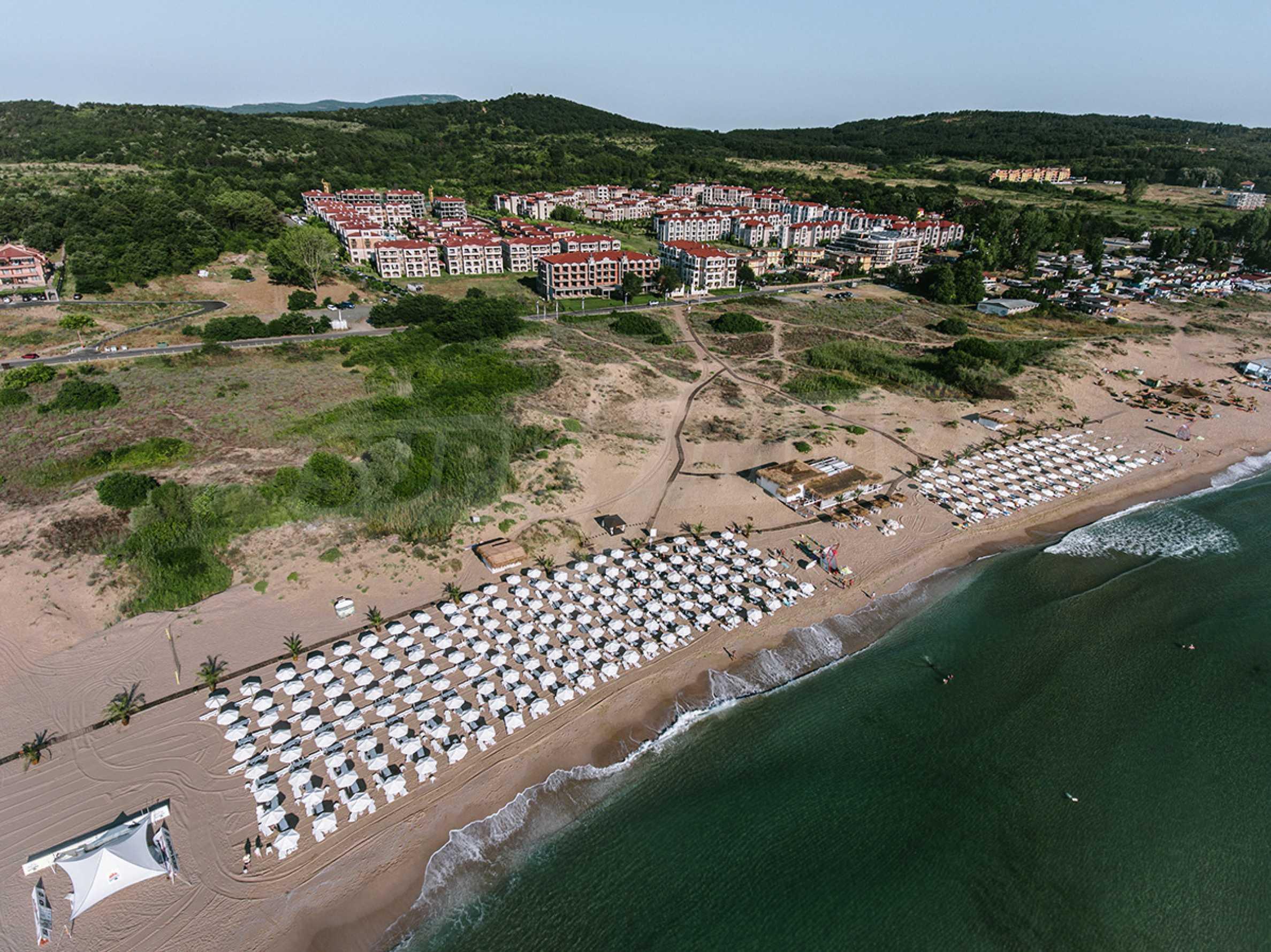 ПРОМО цени! Напълно завършена или нова къща в строеж на 100 метра от плажа 23