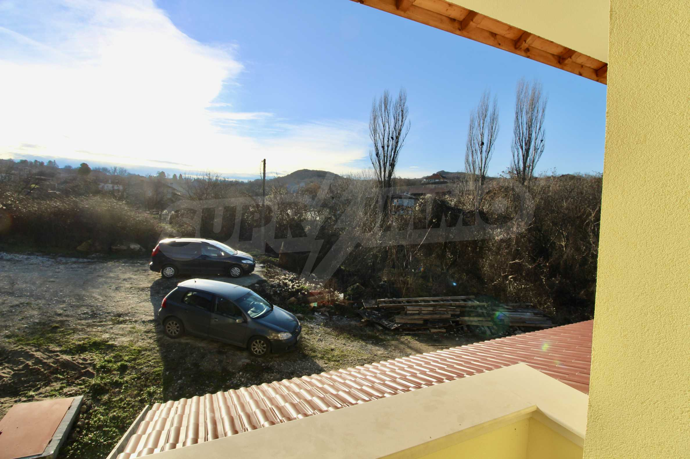 Newly built two-storey house with two garages in Dragizhevo village 9