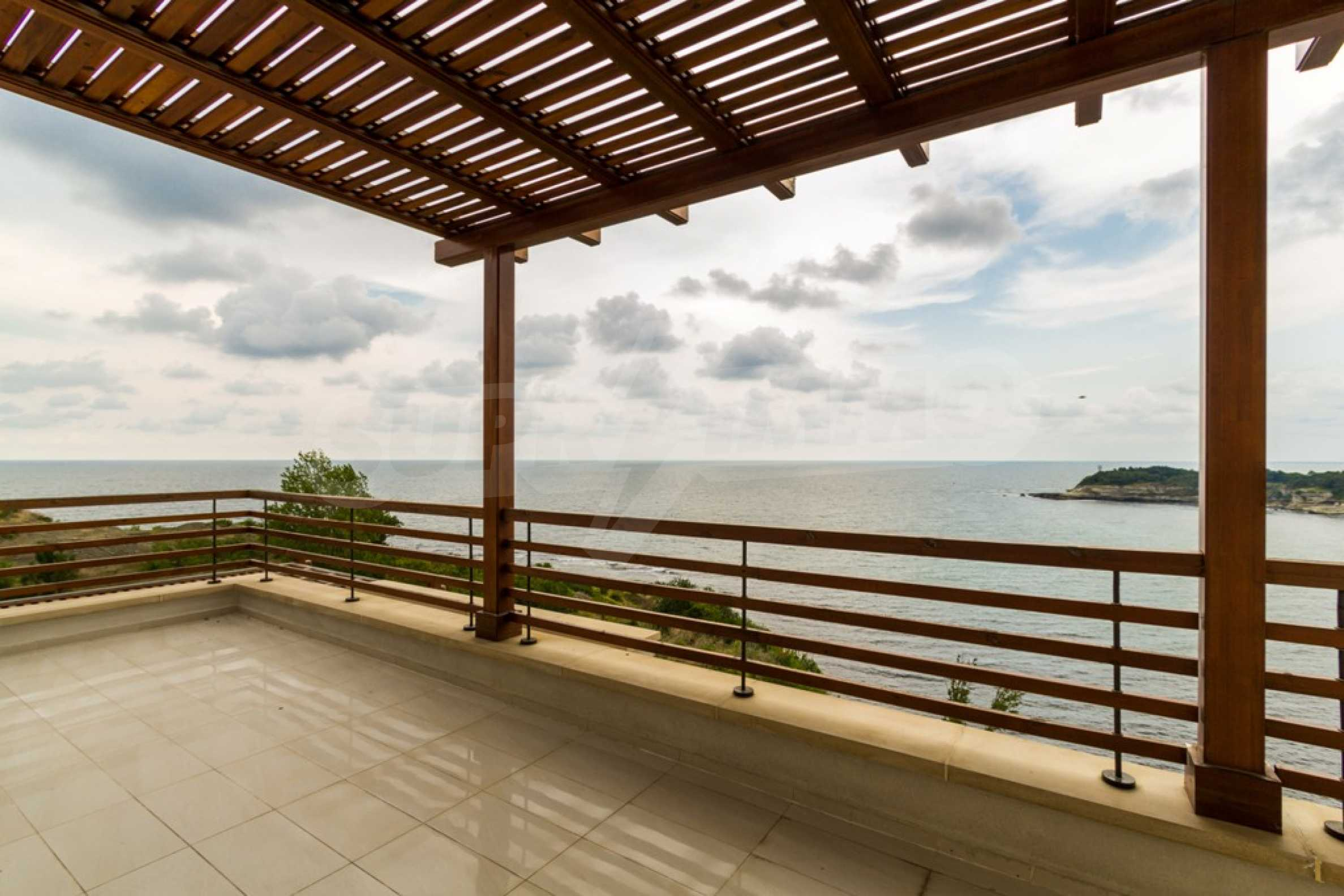 Two-bedroom apartment with sea views in Tsarevo resort