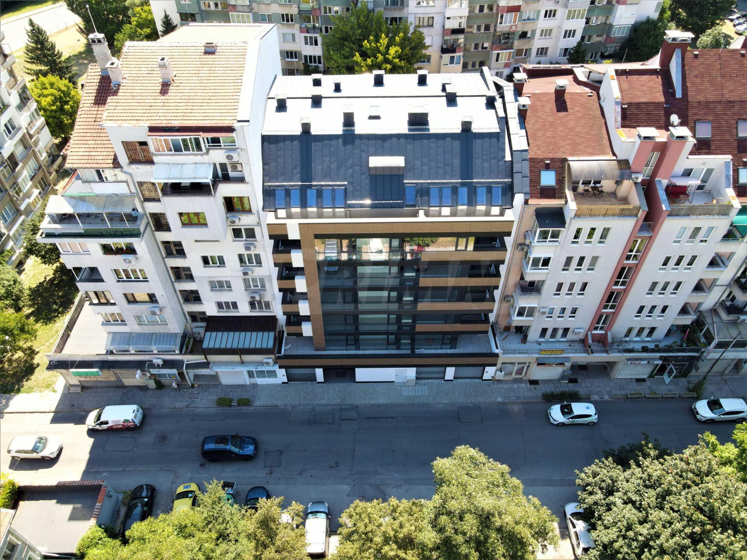 Luxury residential building by TASKOV & STOYANOV 1