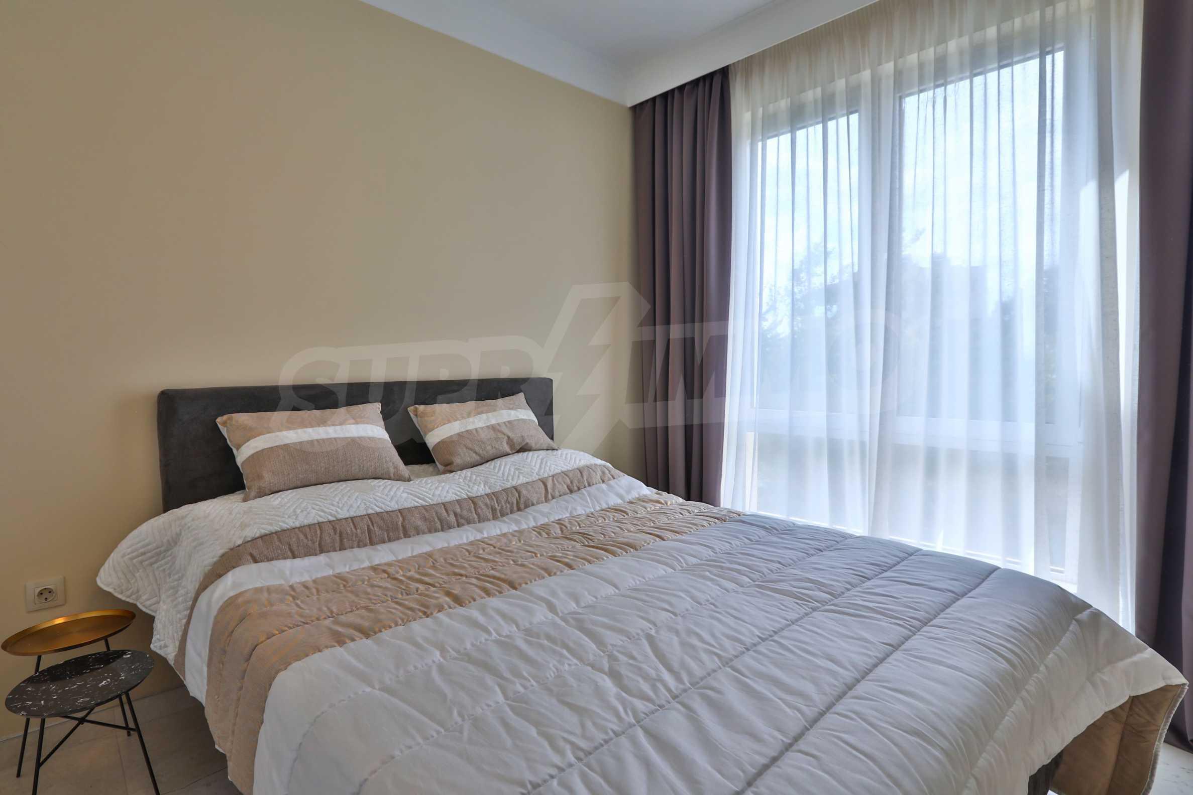 Дизайнерски тристаен апартамент под наем за летен сезон в резиденция Belle Époque в Лозенец 21
