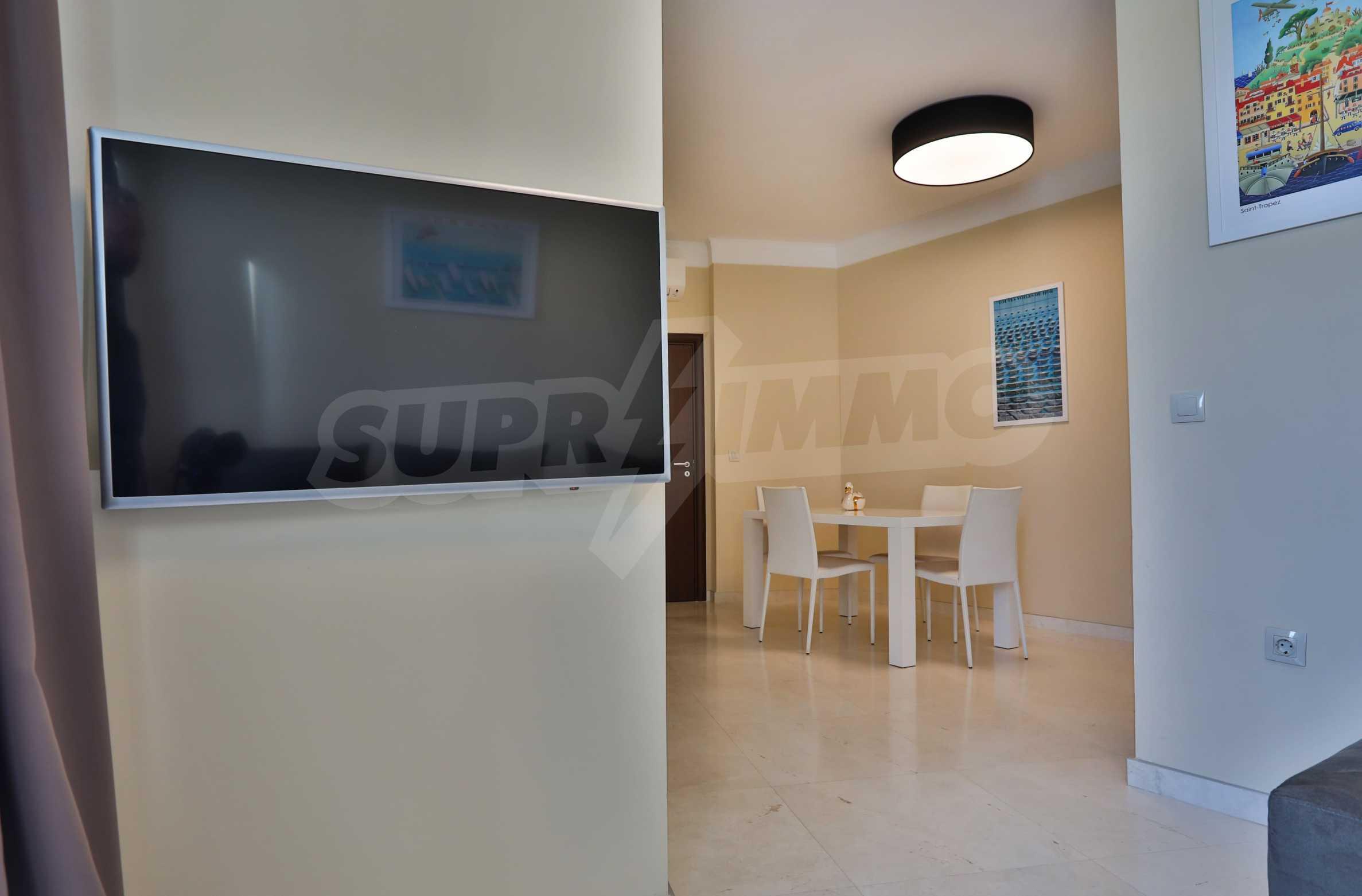 Дизайнерски тристаен апартамент под наем за летен сезон в резиденция Belle Époque в Лозенец 6