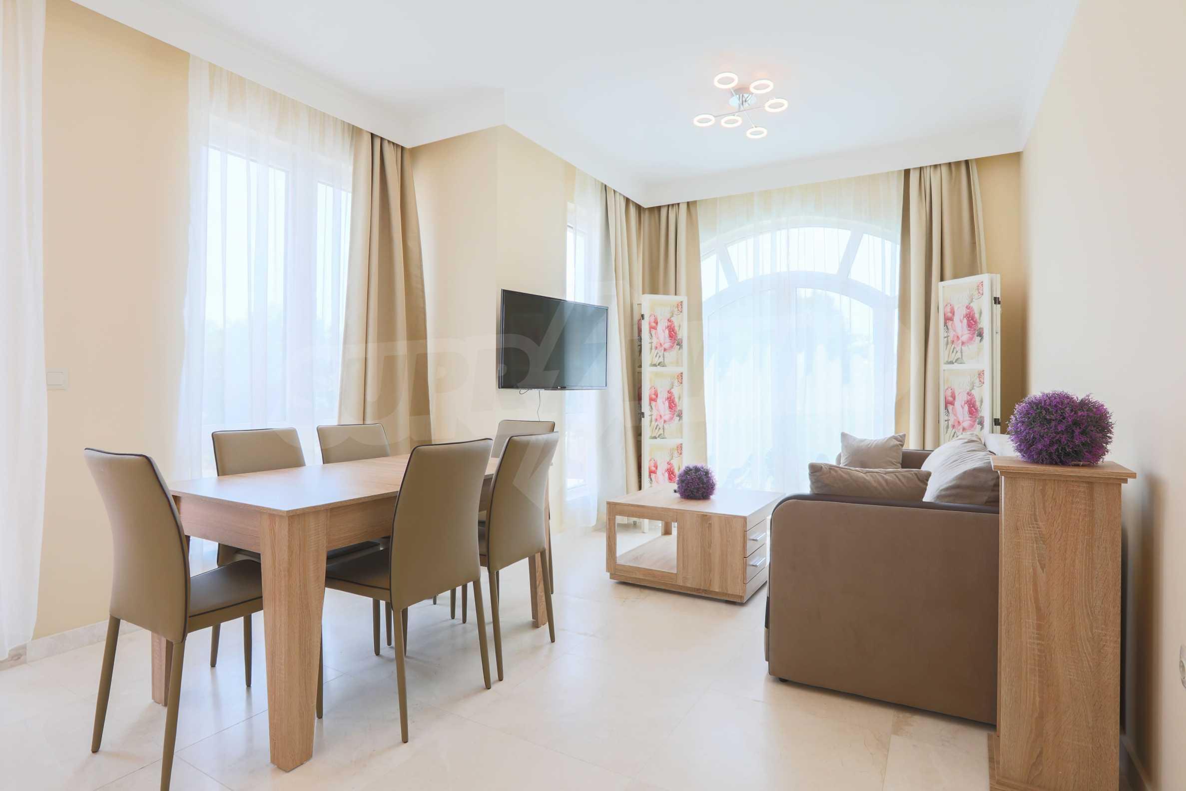 Комфортен двустаен апартамент под наем в Belle Époque Beach Residence, курорт Лозенец