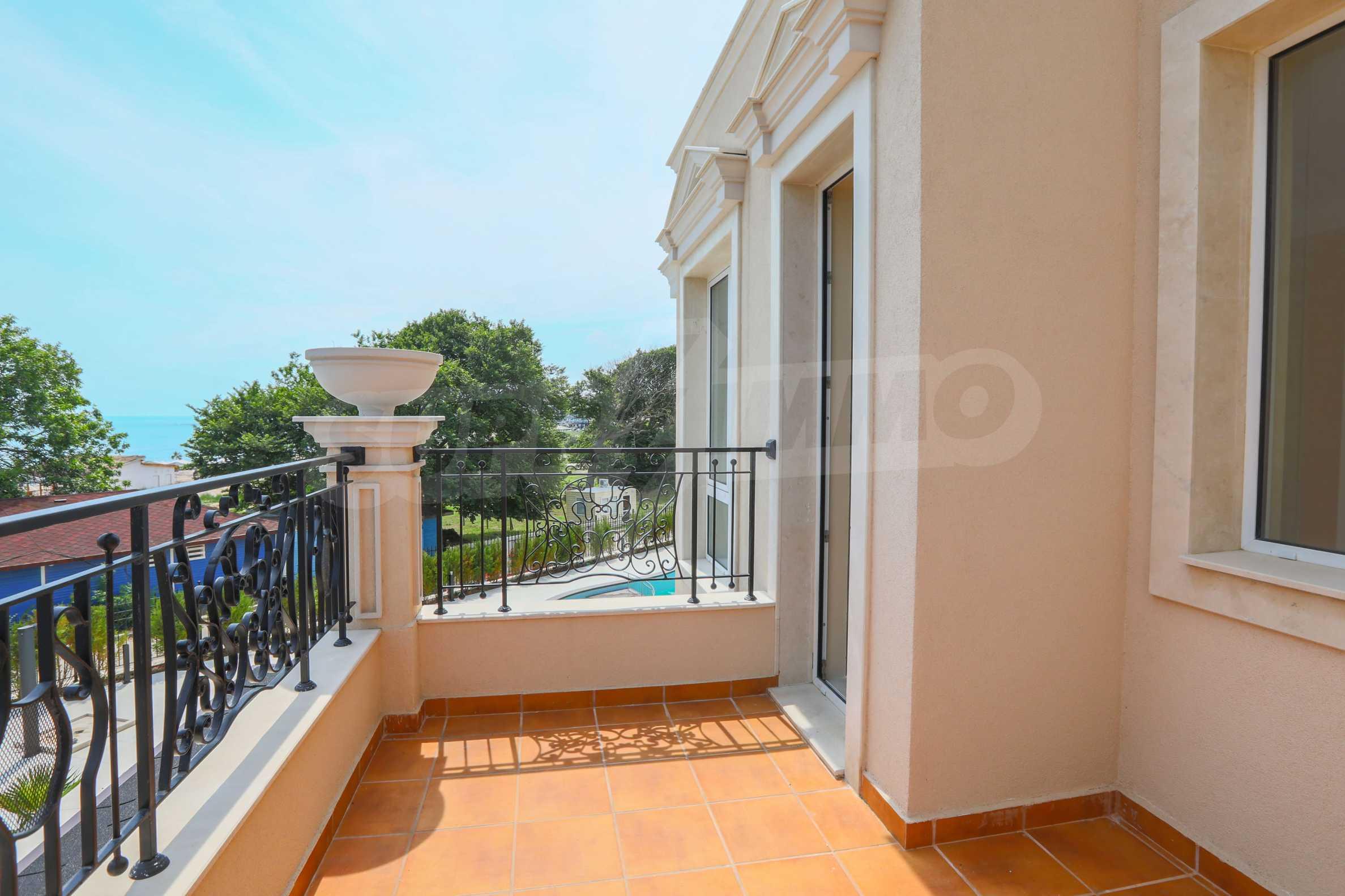 Комфортен двустаен апартамент под наем в Belle Époque Beach Residence, курорт Лозенец 16
