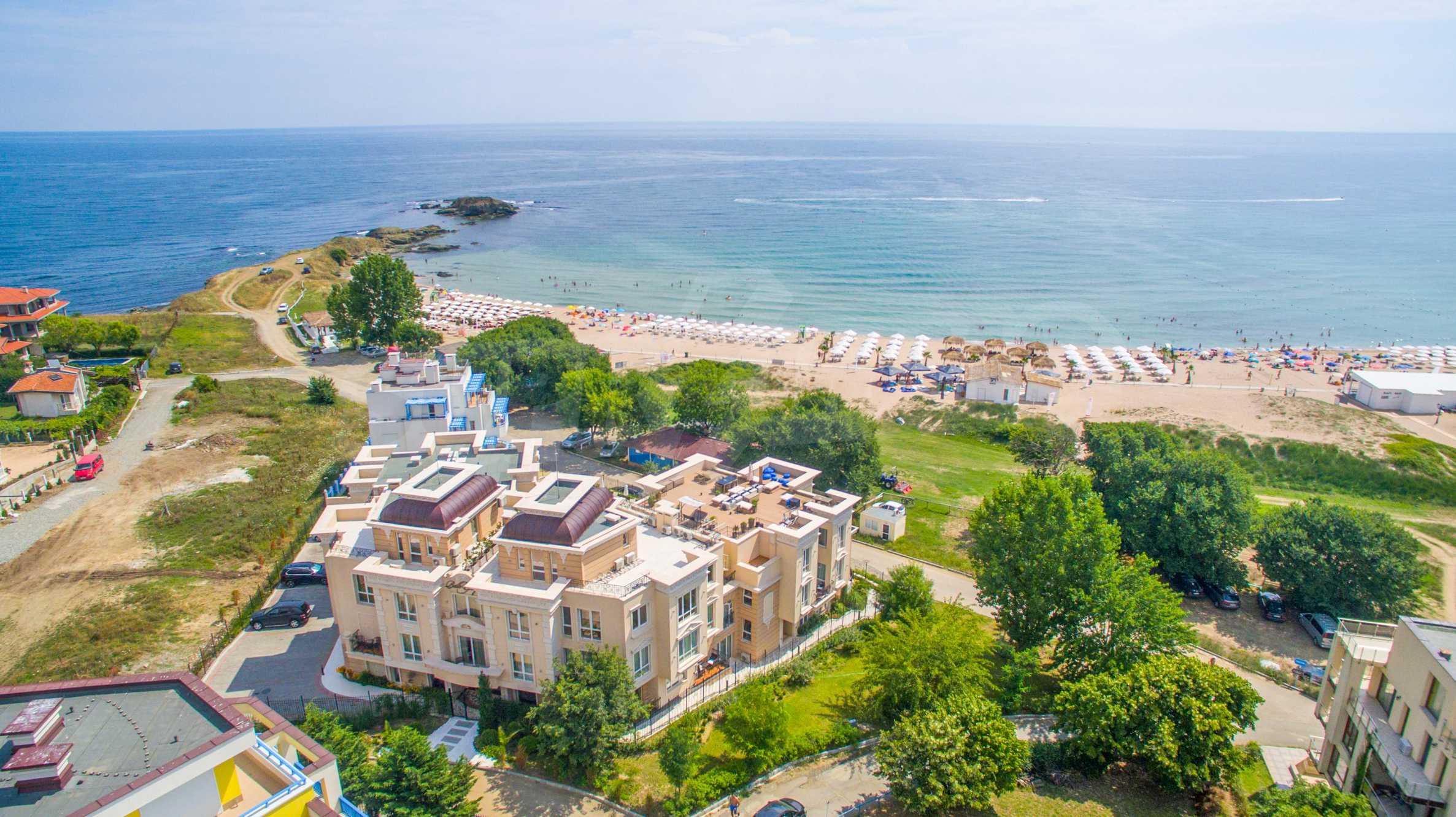 Комфортен двустаен апартамент под наем в Belle Époque Beach Residence, курорт Лозенец 34