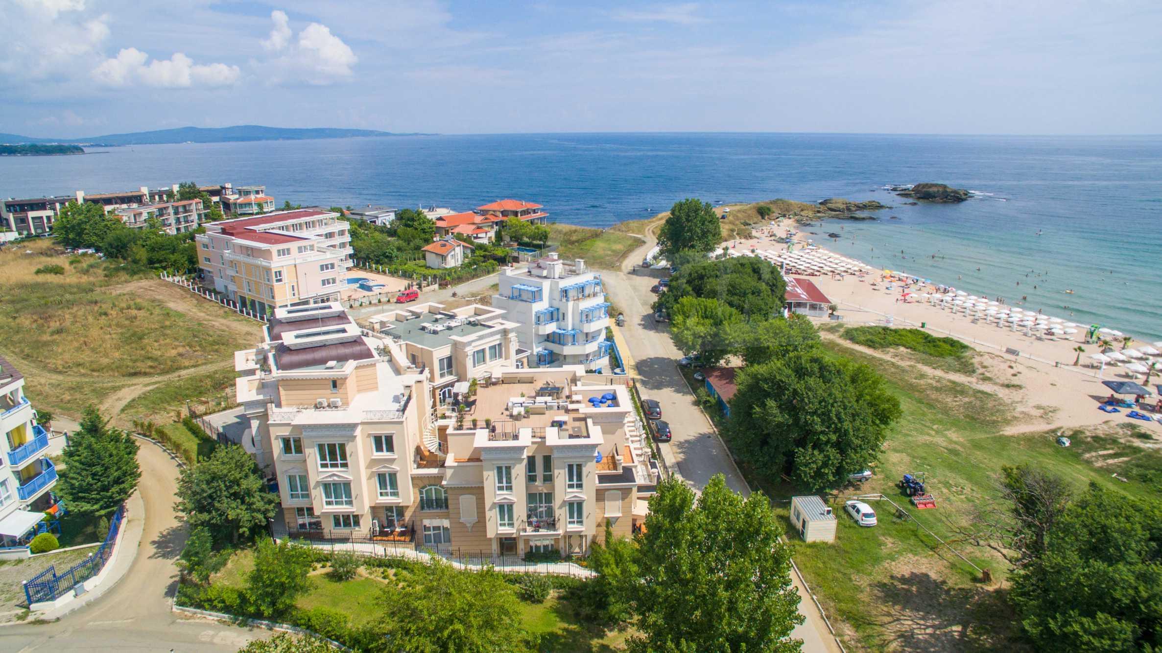 Комфортен двустаен апартамент под наем в Belle Époque Beach Residence, курорт Лозенец 36