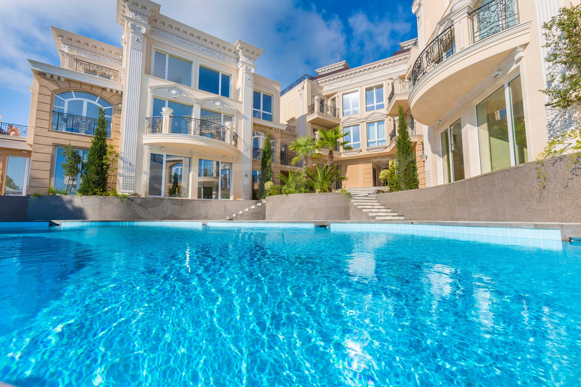 Комфортен двустаен апартамент под наем в Belle Époque Beach Residence, курорт Лозенец 4