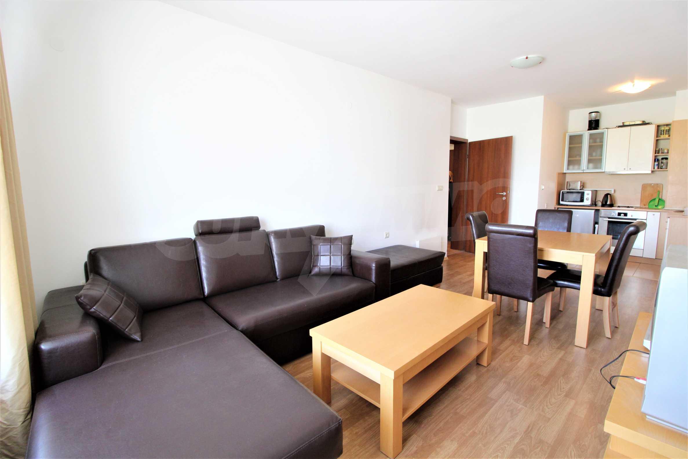 Möbliertes Apartment mit zwei Schlafzimmern im Top Lodge-Komplex, nur wenige Meter vom Skilift in Bansko entfernt