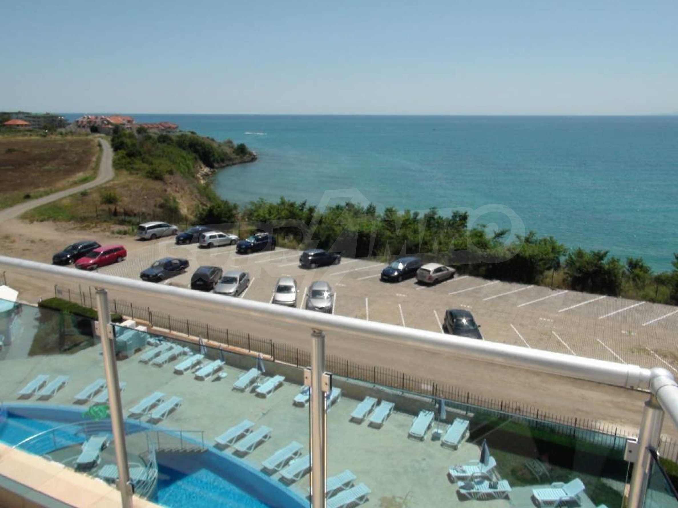 Large apartment with sea view in a complex near the villages of Ravda and Aheloy
