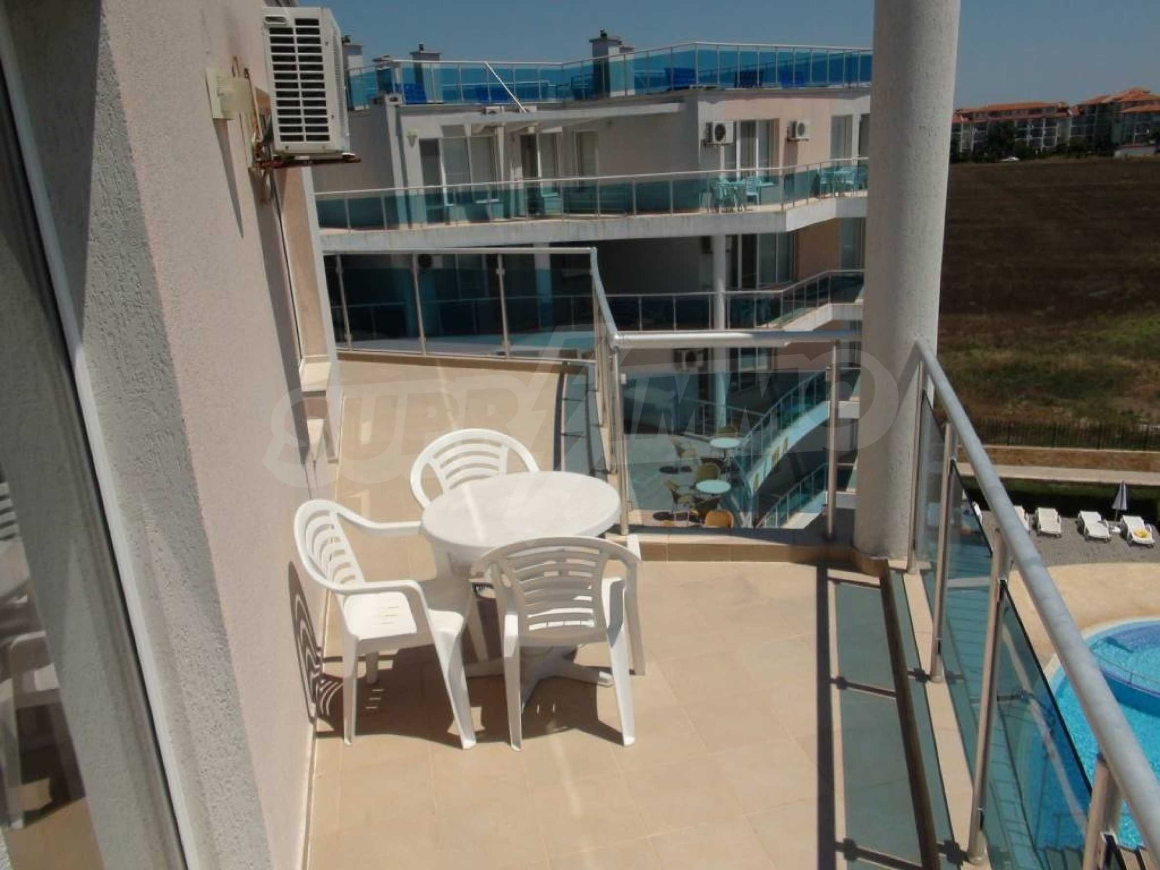 Large apartment with sea view in a complex near the villages of Ravda and Aheloy 10