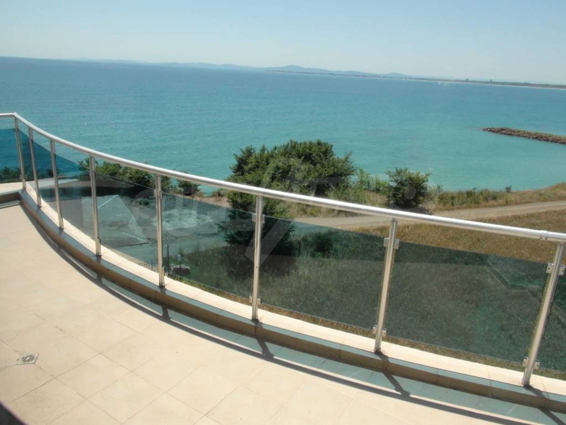 Large apartment with sea view in a complex near the villages of Ravda and Aheloy 12