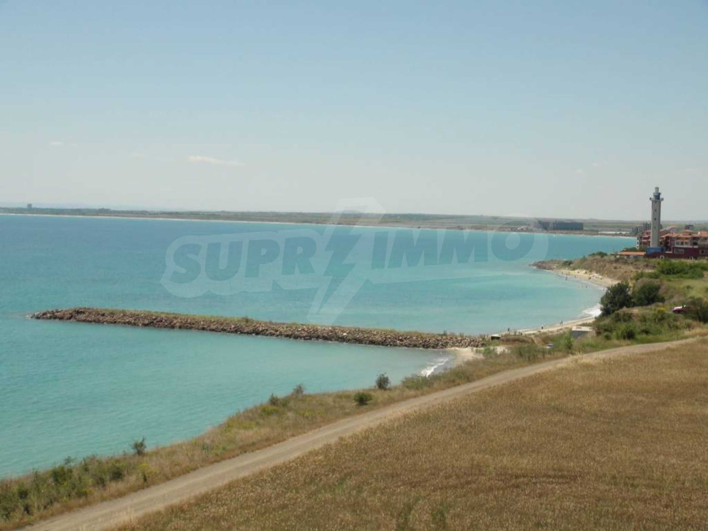 Large apartment with sea view in a complex near the villages of Ravda and Aheloy 14