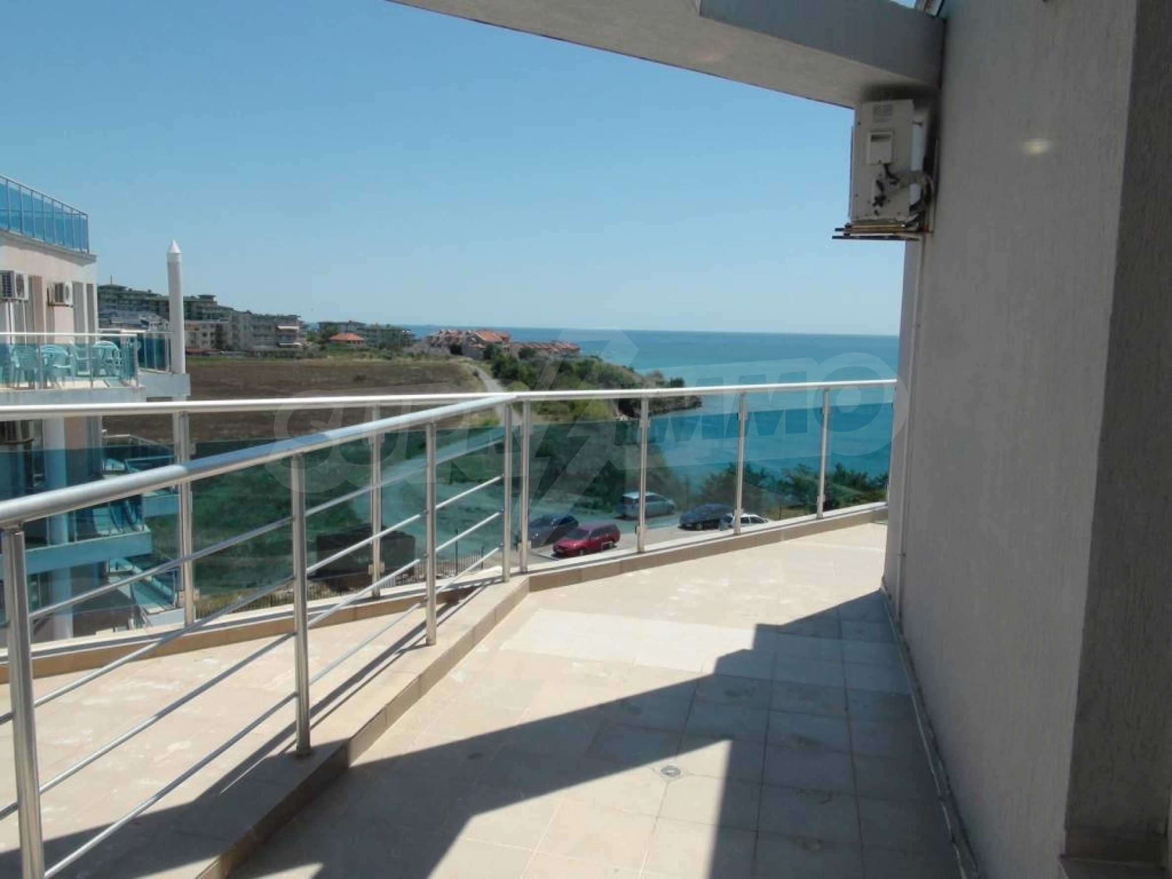 Large apartment with sea view in a complex near the villages of Ravda and Aheloy 24