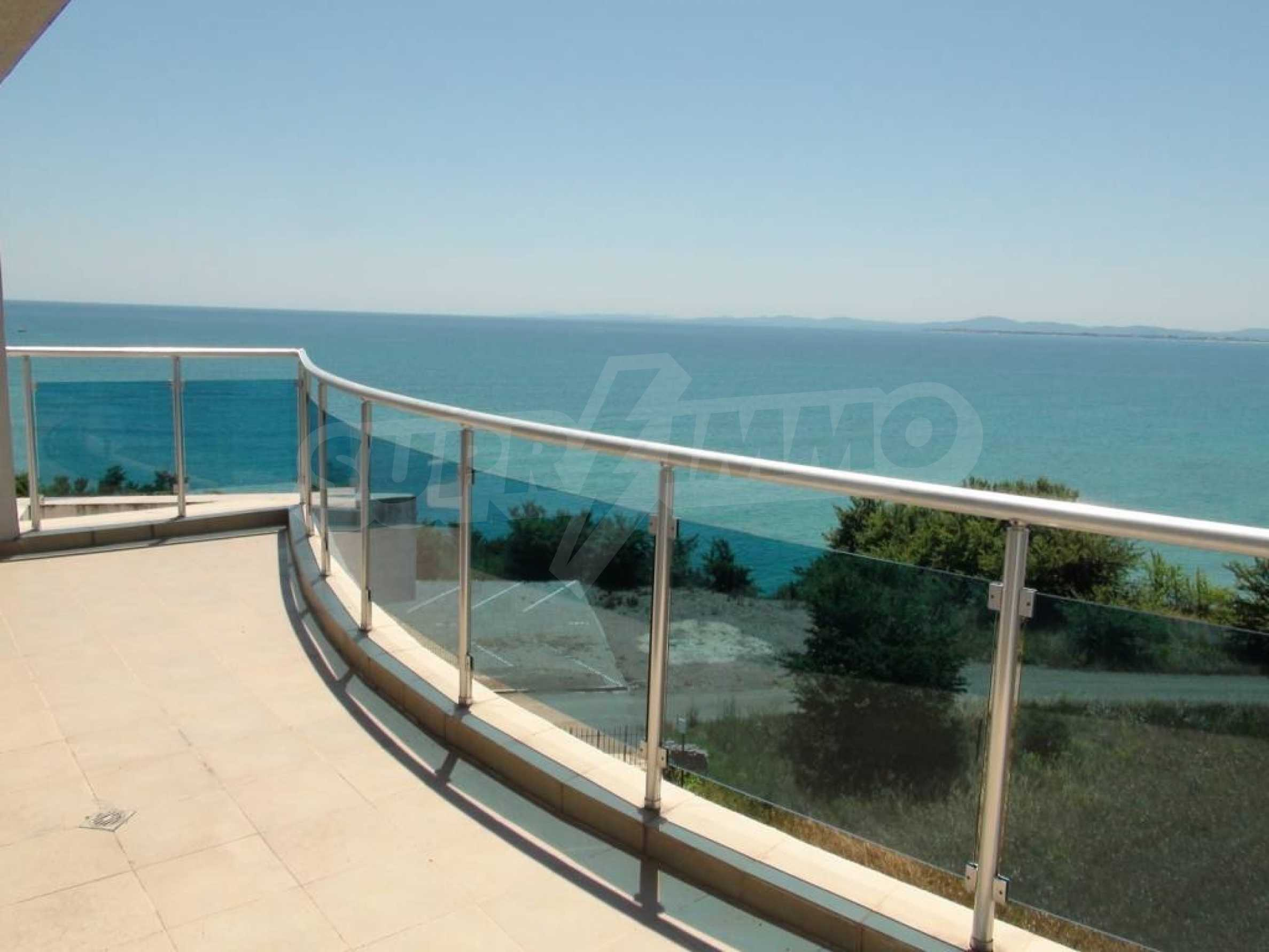 Large apartment with sea view in a complex near the villages of Ravda and Aheloy 26