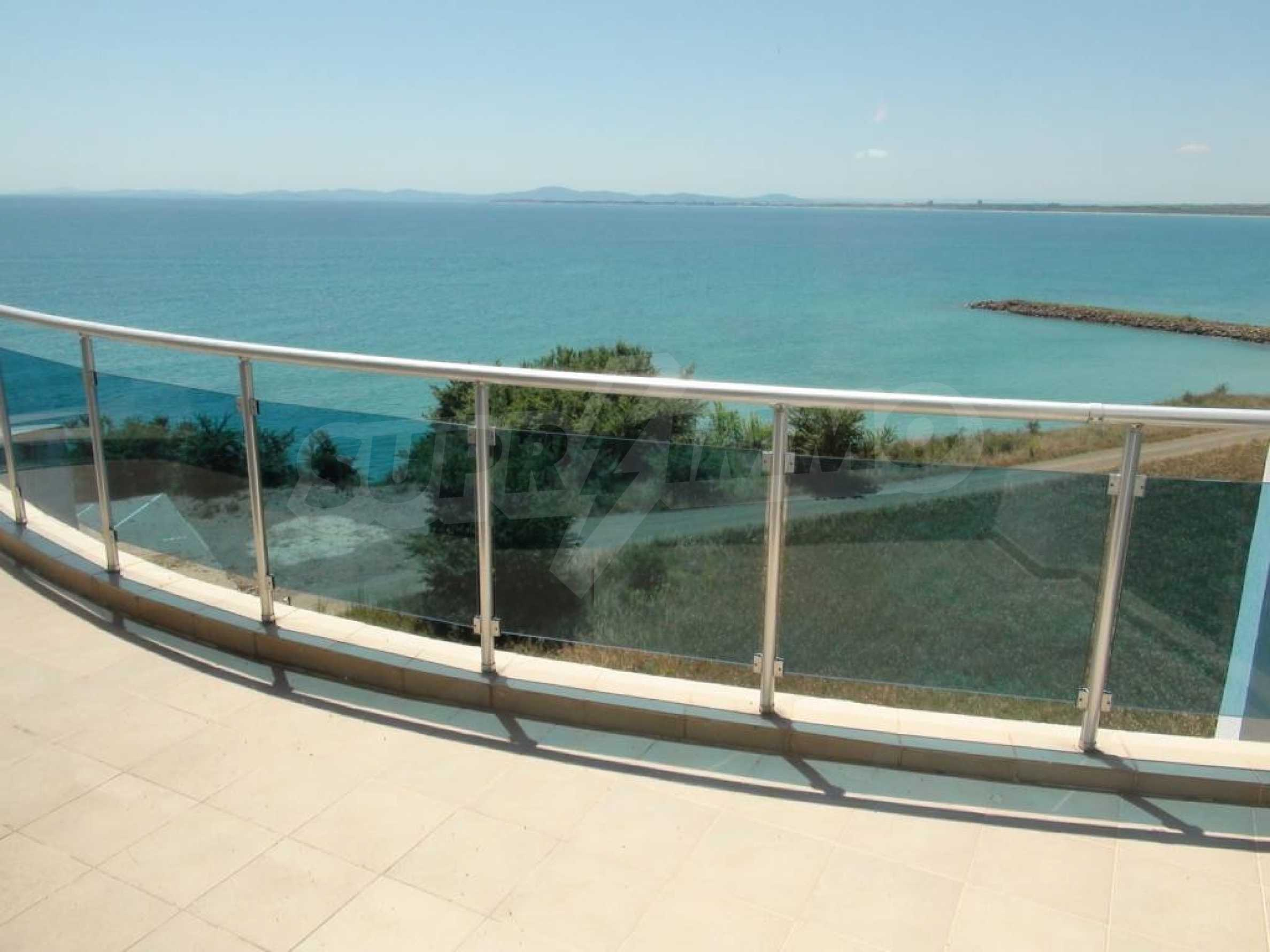 Large apartment with sea view in a complex near the villages of Ravda and Aheloy 28