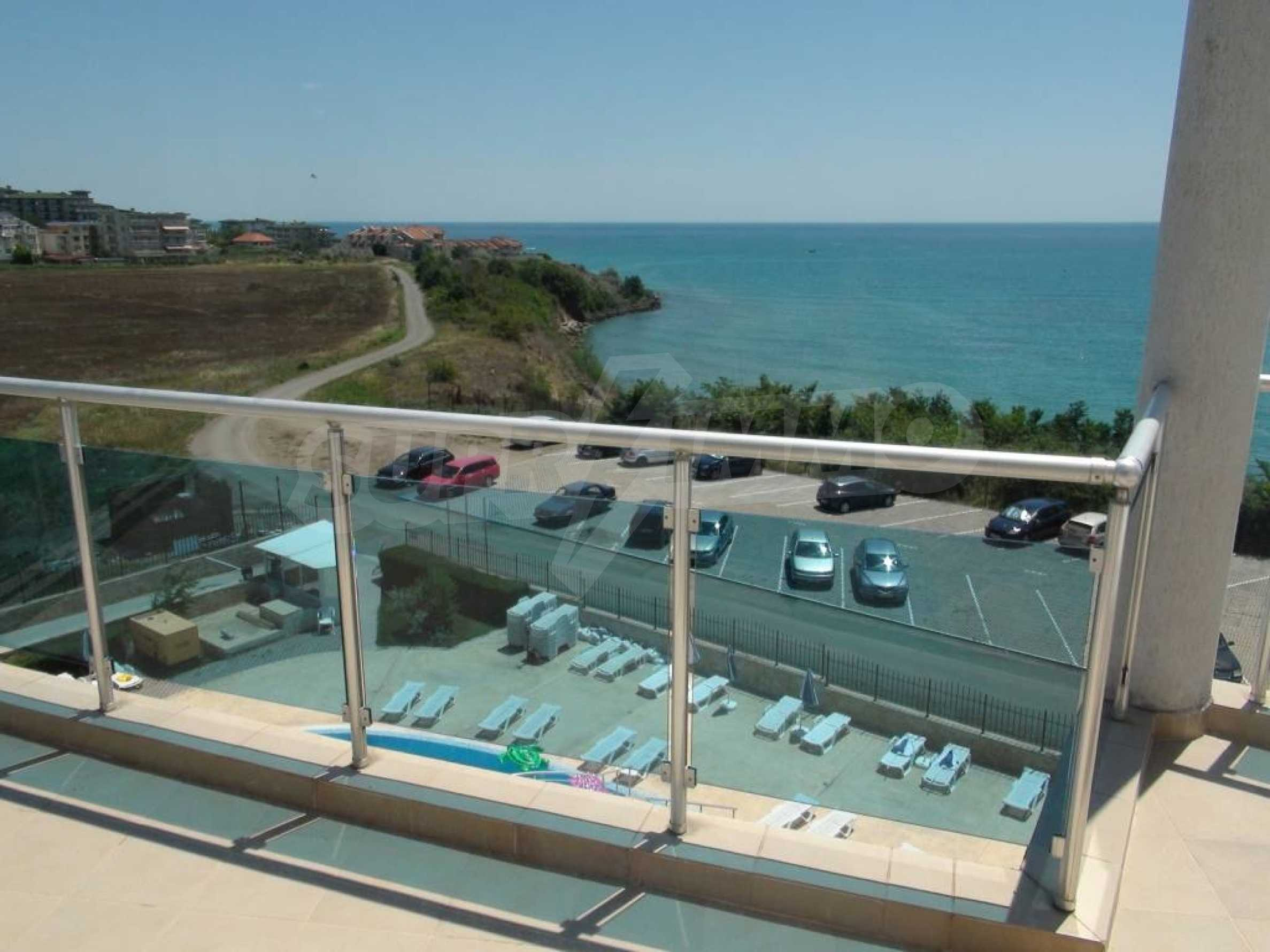 Large apartment with sea view in a complex near the villages of Ravda and Aheloy 2