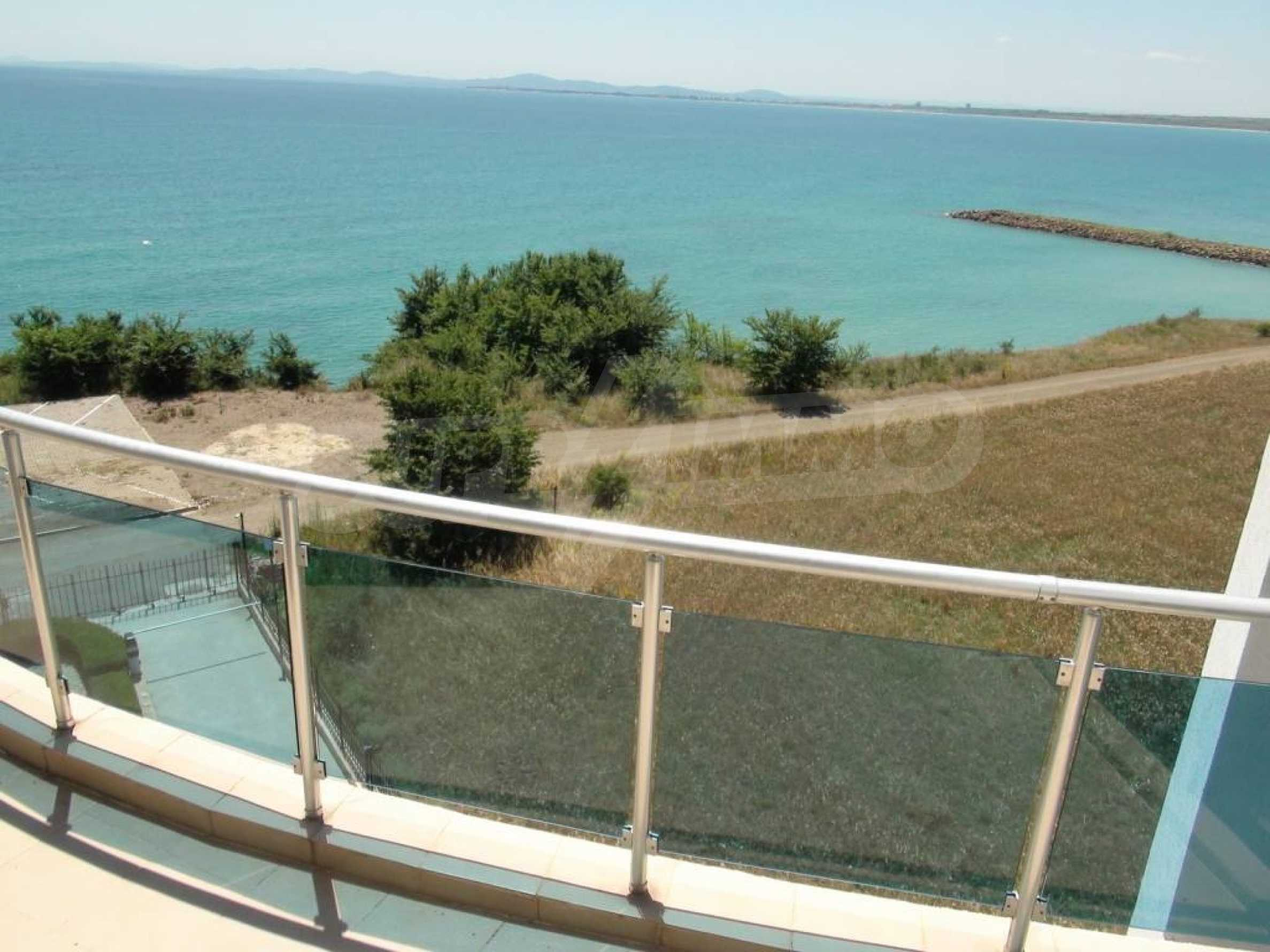 Large apartment with sea view in a complex near the villages of Ravda and Aheloy 29