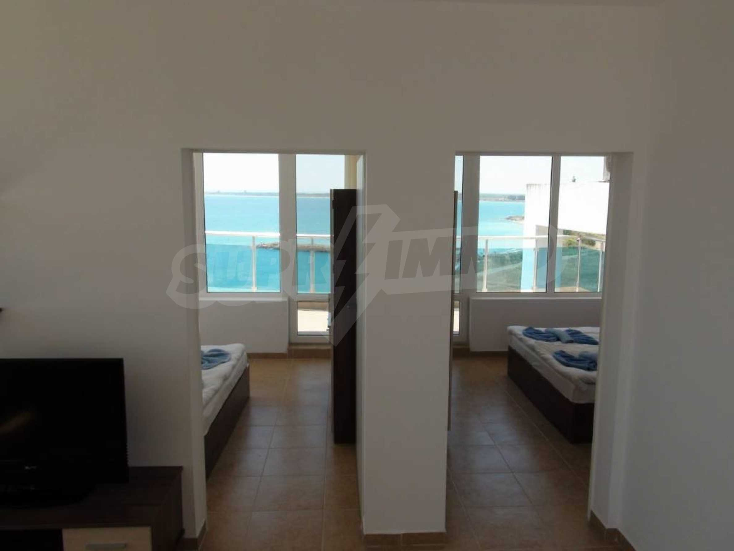 Large apartment with sea view in a complex near the villages of Ravda and Aheloy 43