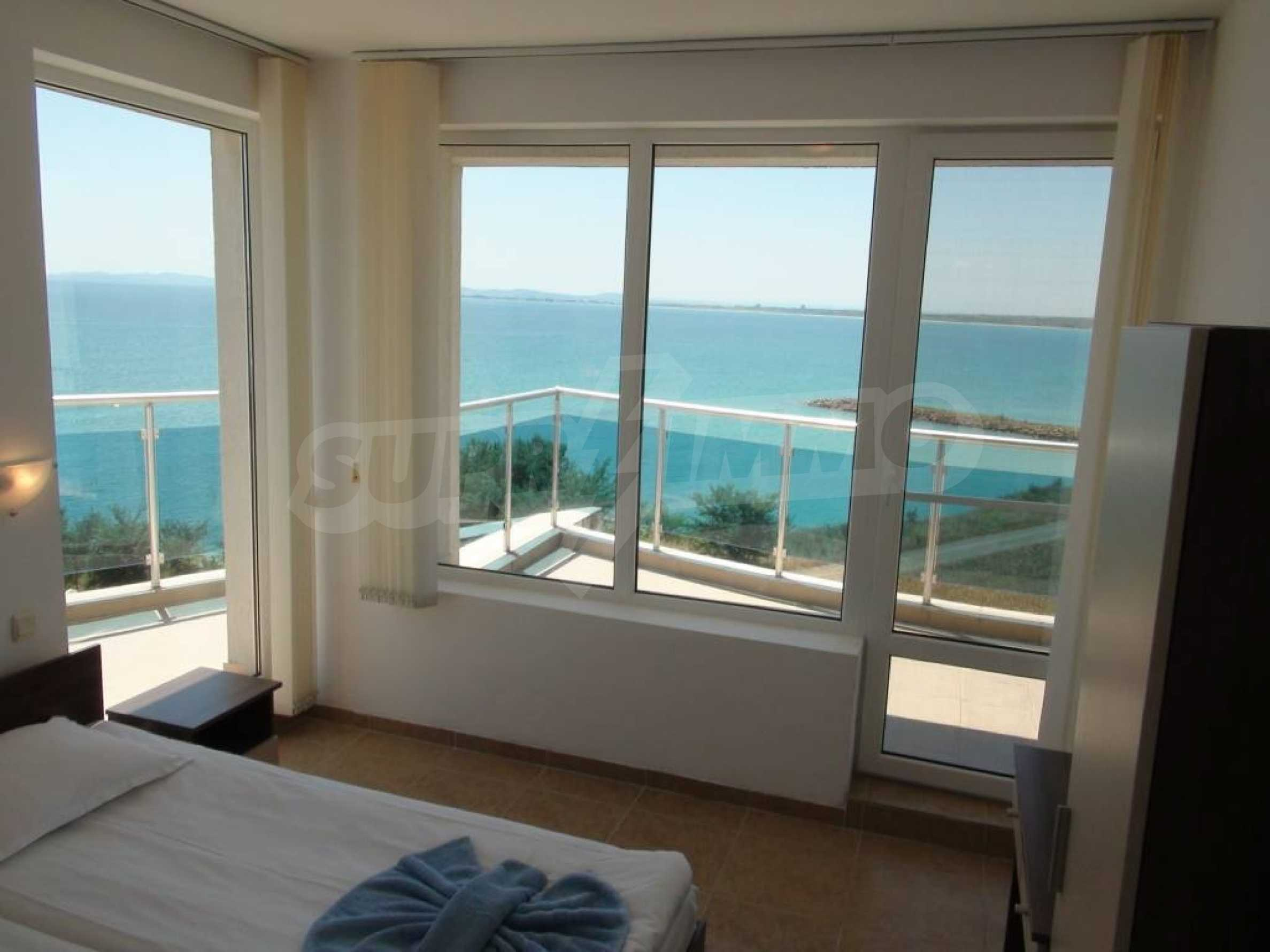 Large apartment with sea view in a complex near the villages of Ravda and Aheloy 44