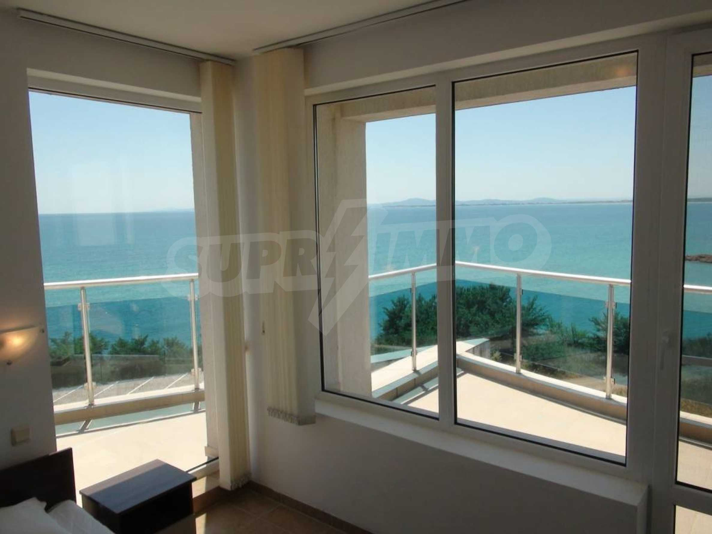 Large apartment with sea view in a complex near the villages of Ravda and Aheloy 46