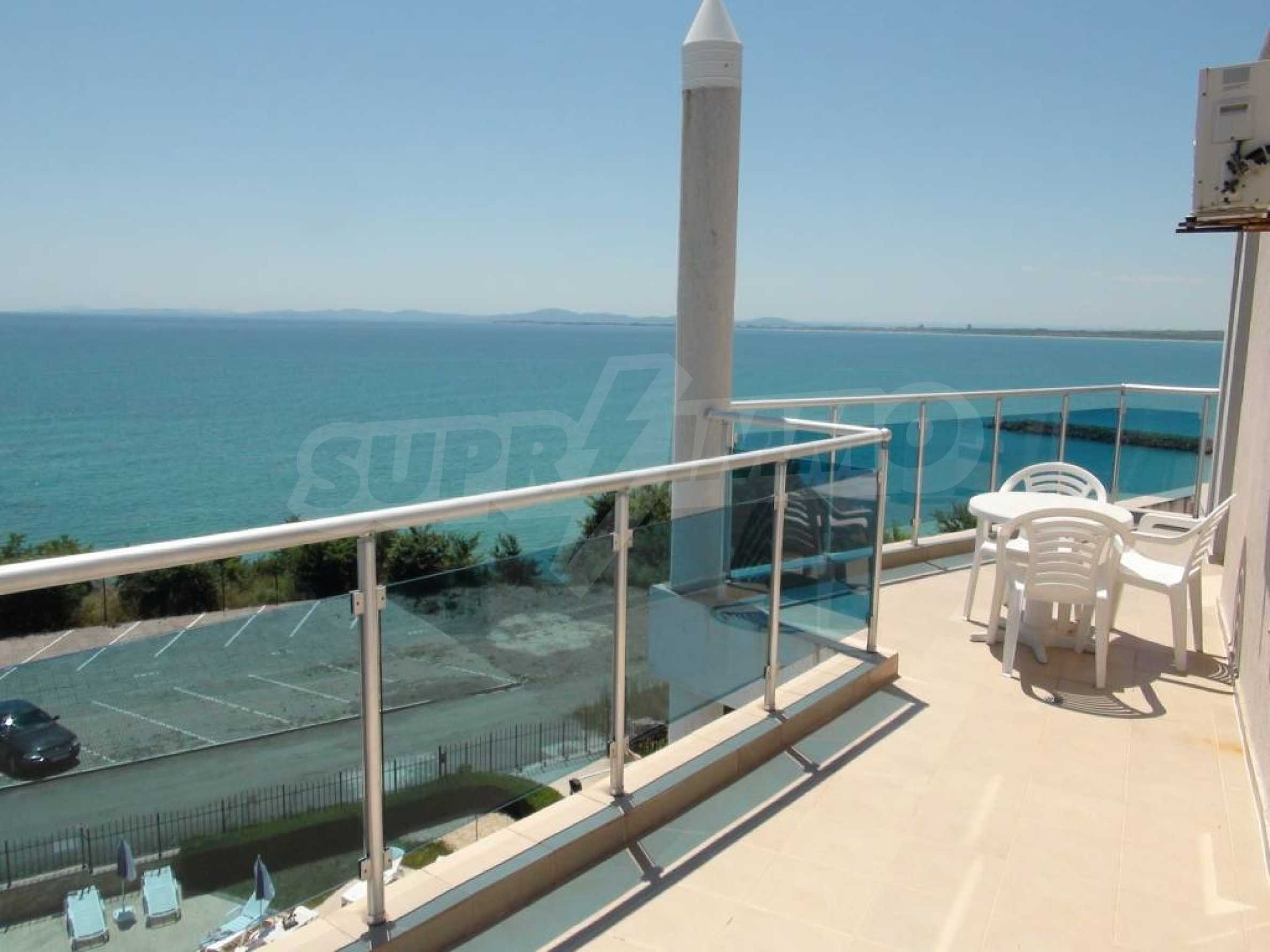 Large apartment with sea view in a complex near the villages of Ravda and Aheloy 4