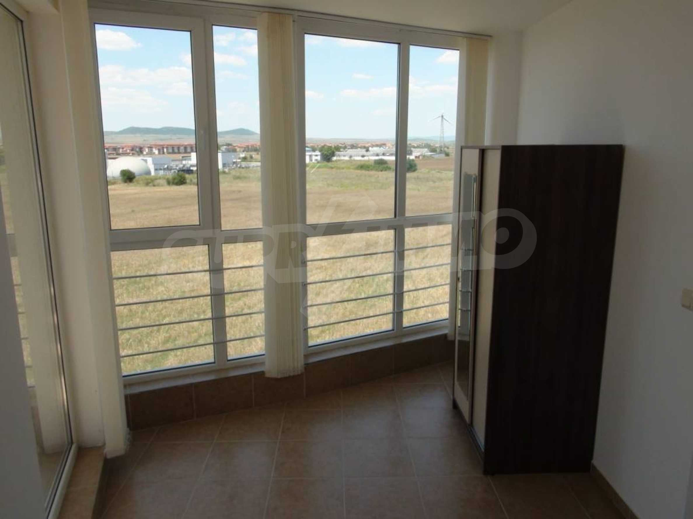 Large apartment with sea view in a complex near the villages of Ravda and Aheloy 51