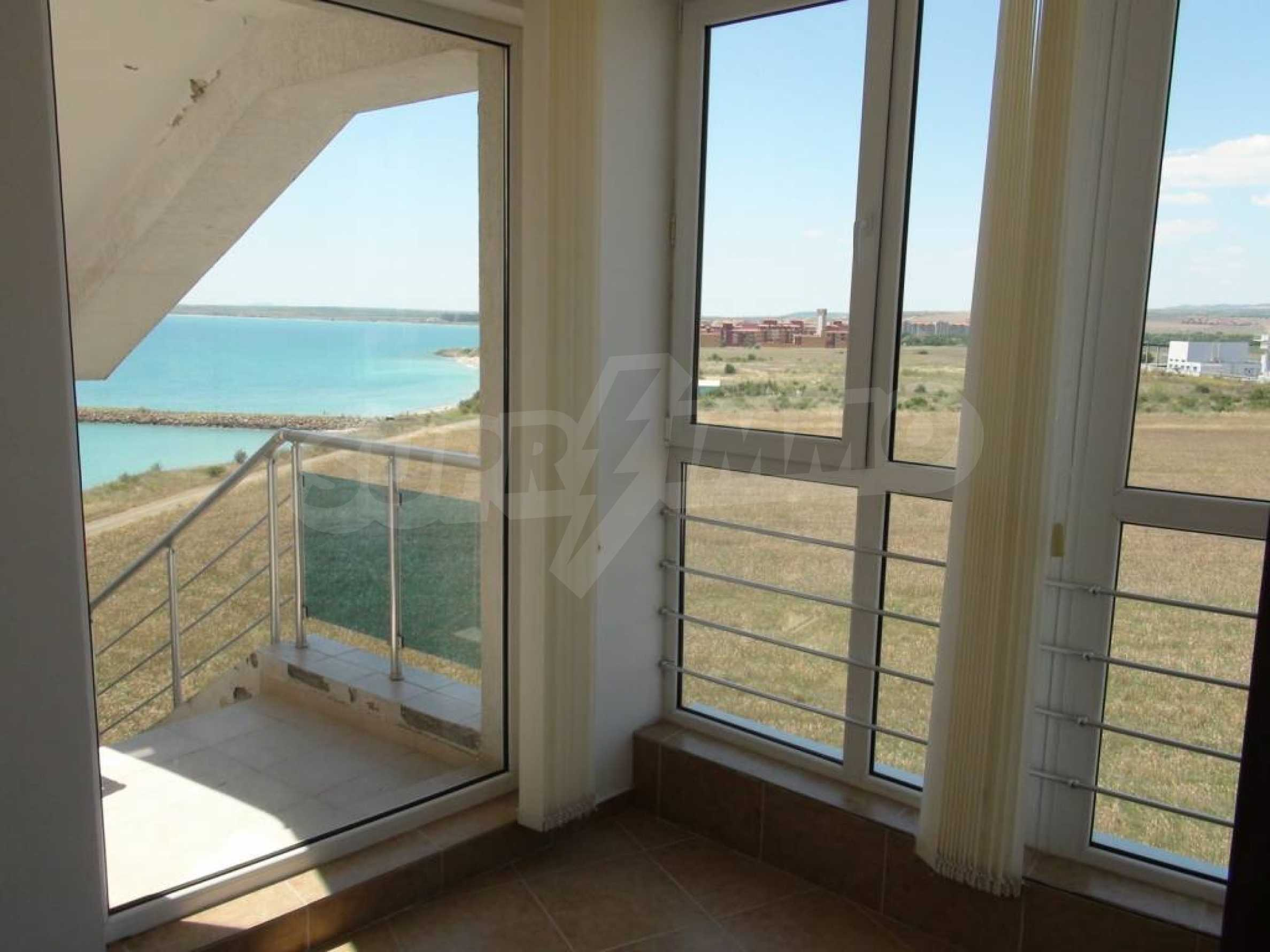 Large apartment with sea view in a complex near the villages of Ravda and Aheloy 52