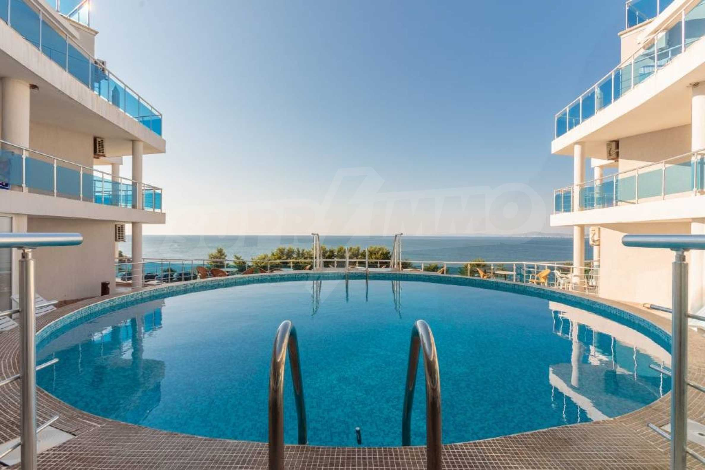 Large apartment with sea view in a complex near the villages of Ravda and Aheloy 61