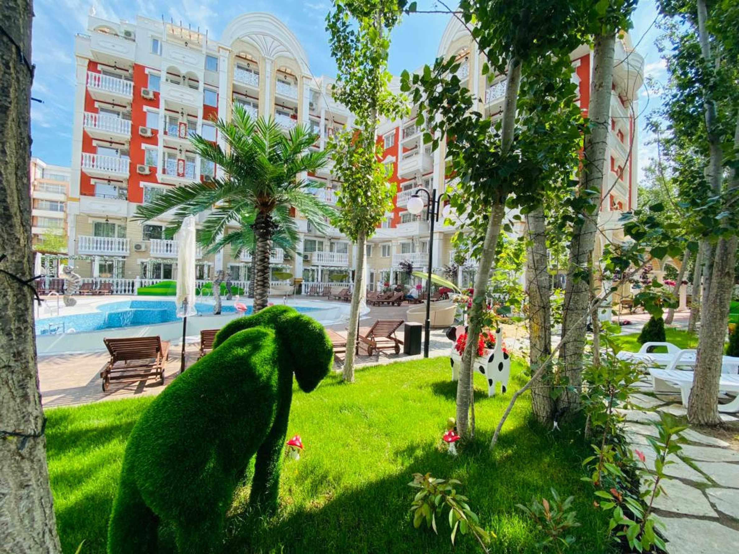 One-bedroom turnkey apartment in an elegant complex near the park and the sea 1