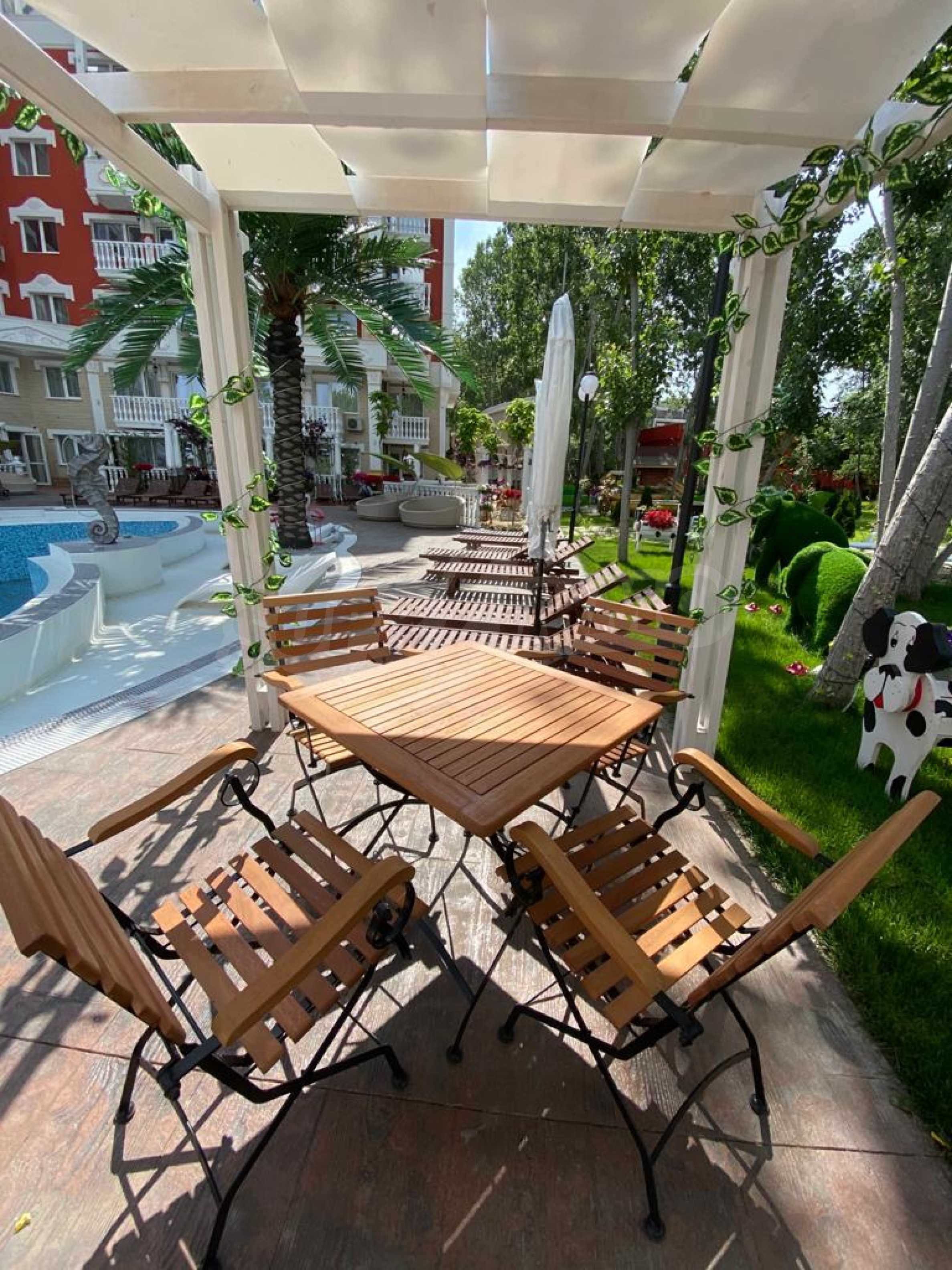 One-bedroom turnkey apartment in an elegant complex near the park and the sea 4
