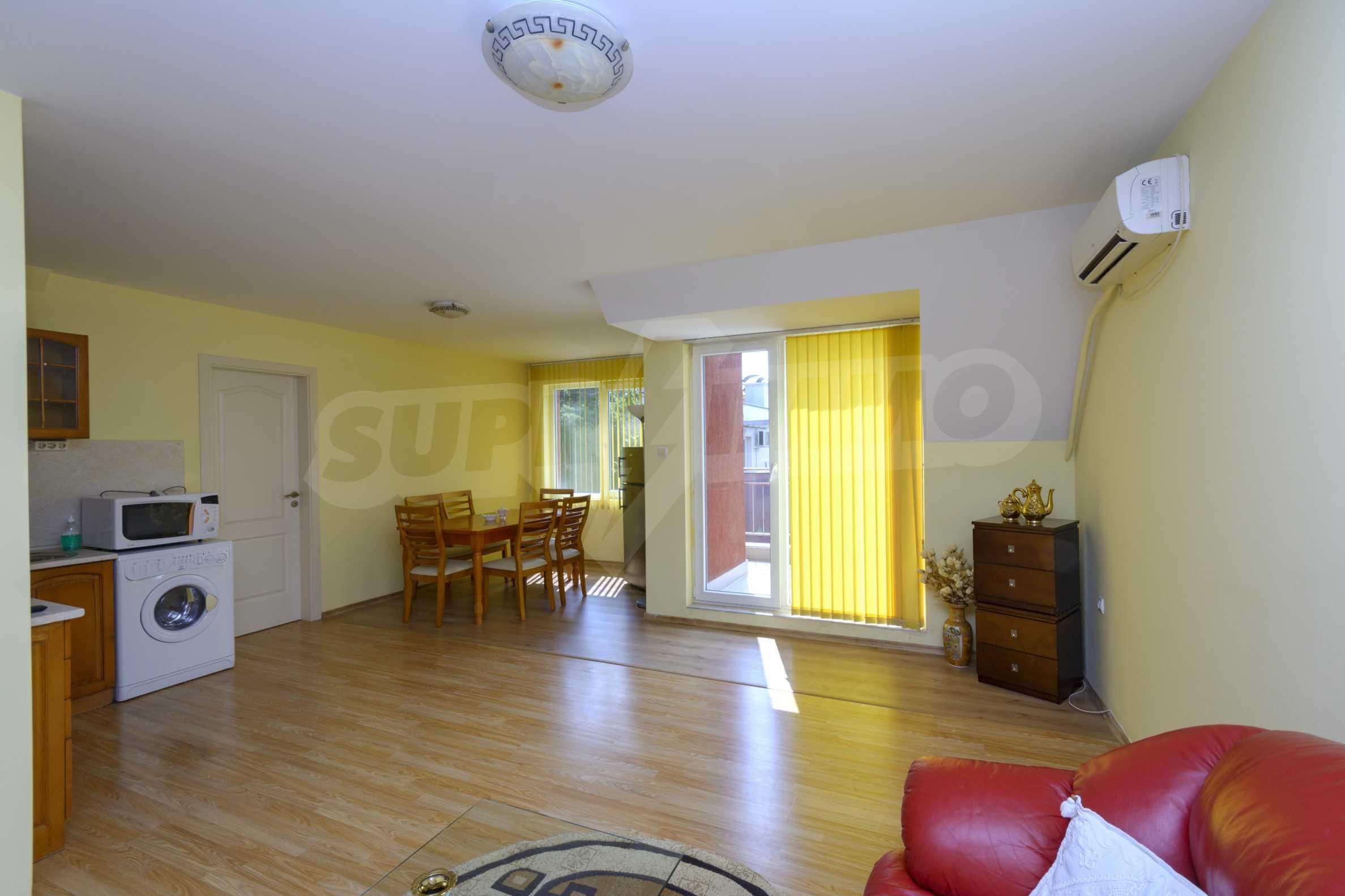 Многостаен апартамент до Гранд Хотел Пловдив 10