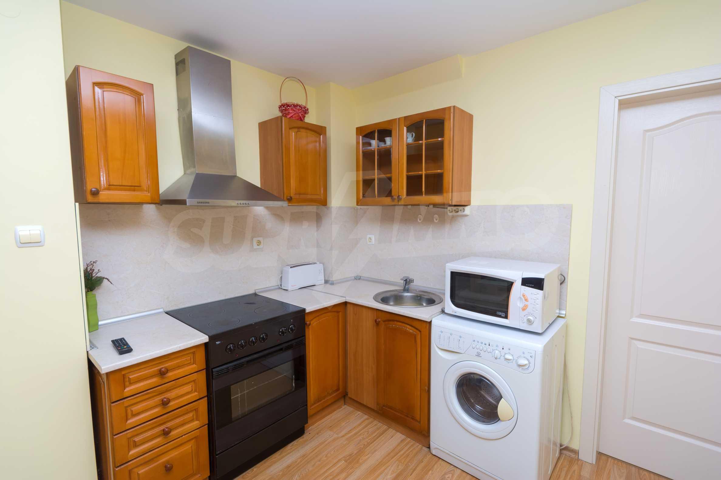 Многостаен апартамент до Гранд Хотел Пловдив 11
