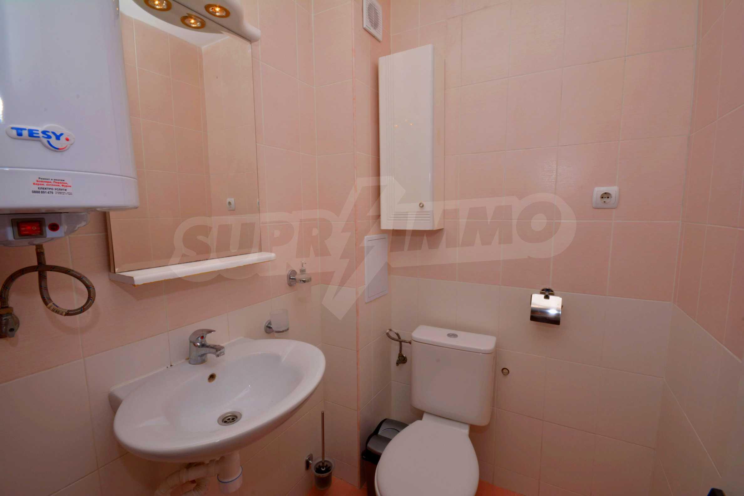 Многостаен апартамент до Гранд Хотел Пловдив 12