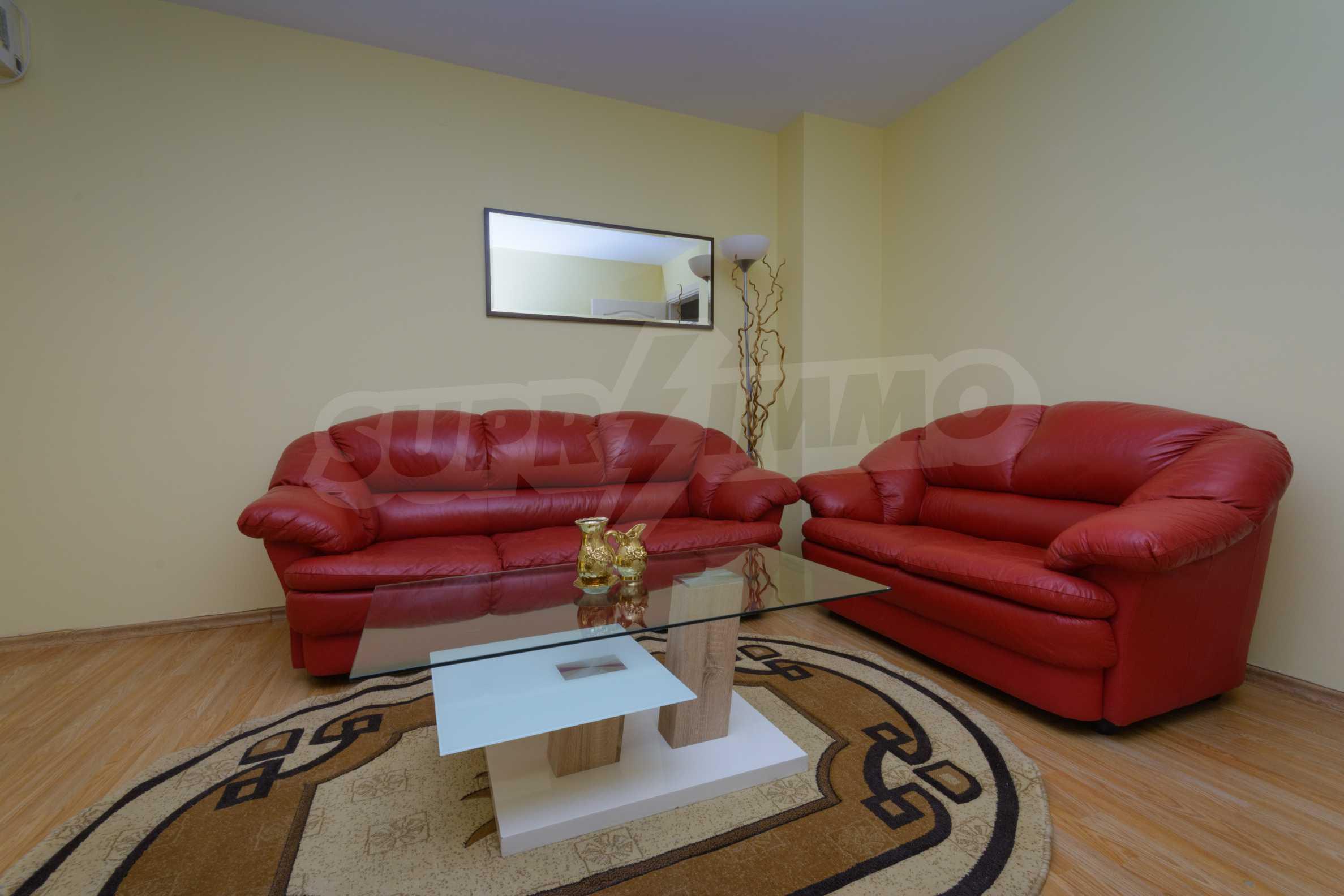 Многостаен апартамент до Гранд Хотел Пловдив 5