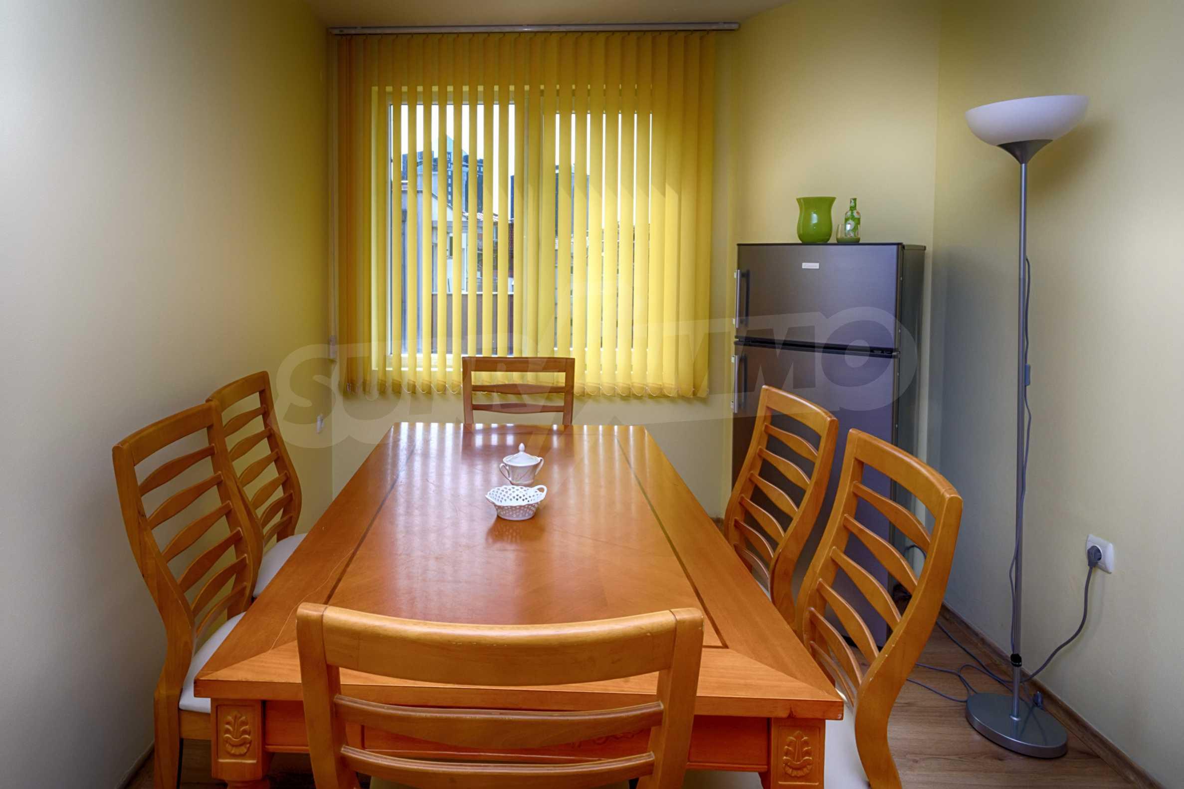 Многостаен апартамент до Гранд Хотел Пловдив 4