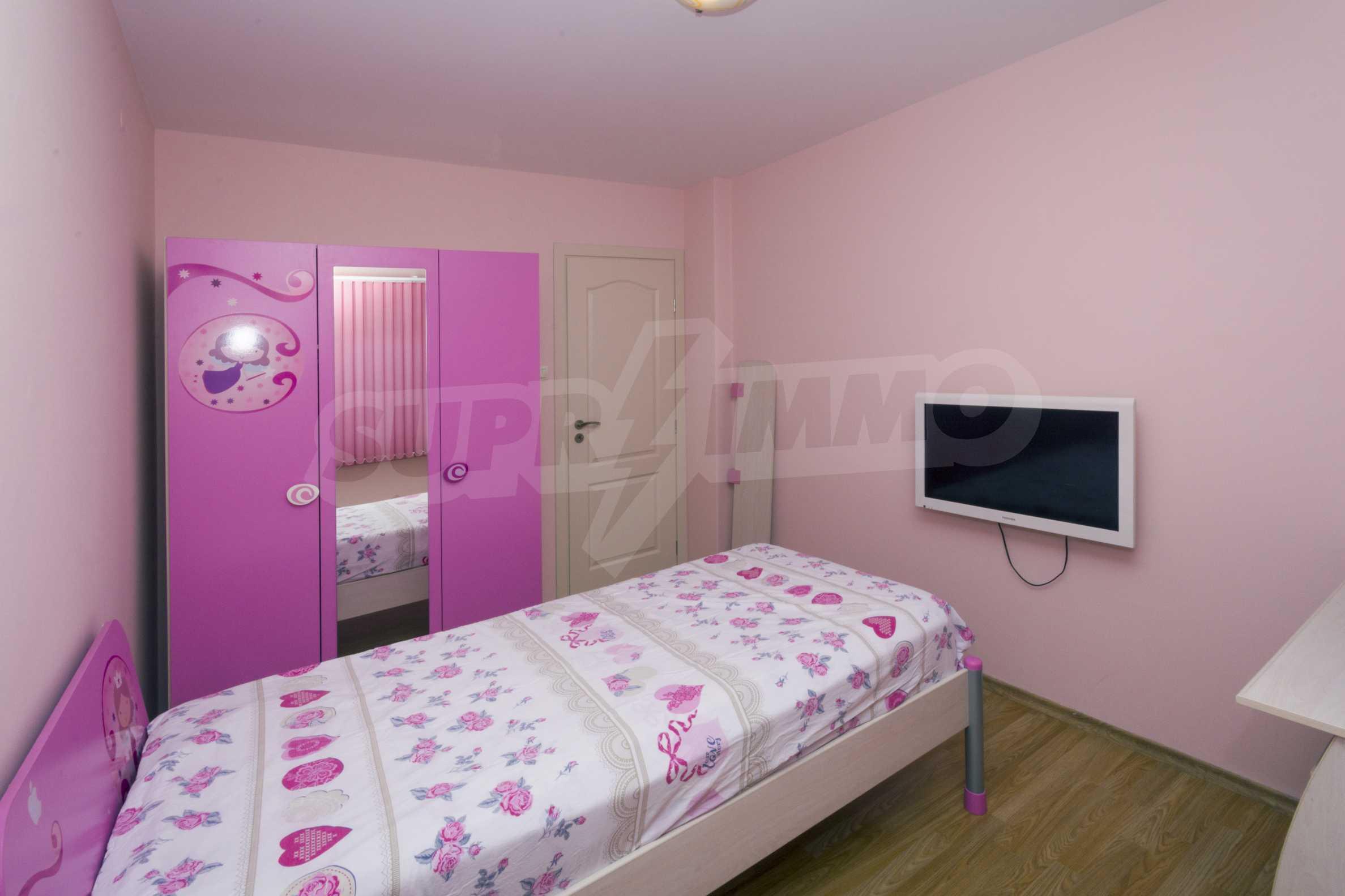 Многостаен апартамент до Гранд Хотел Пловдив 9