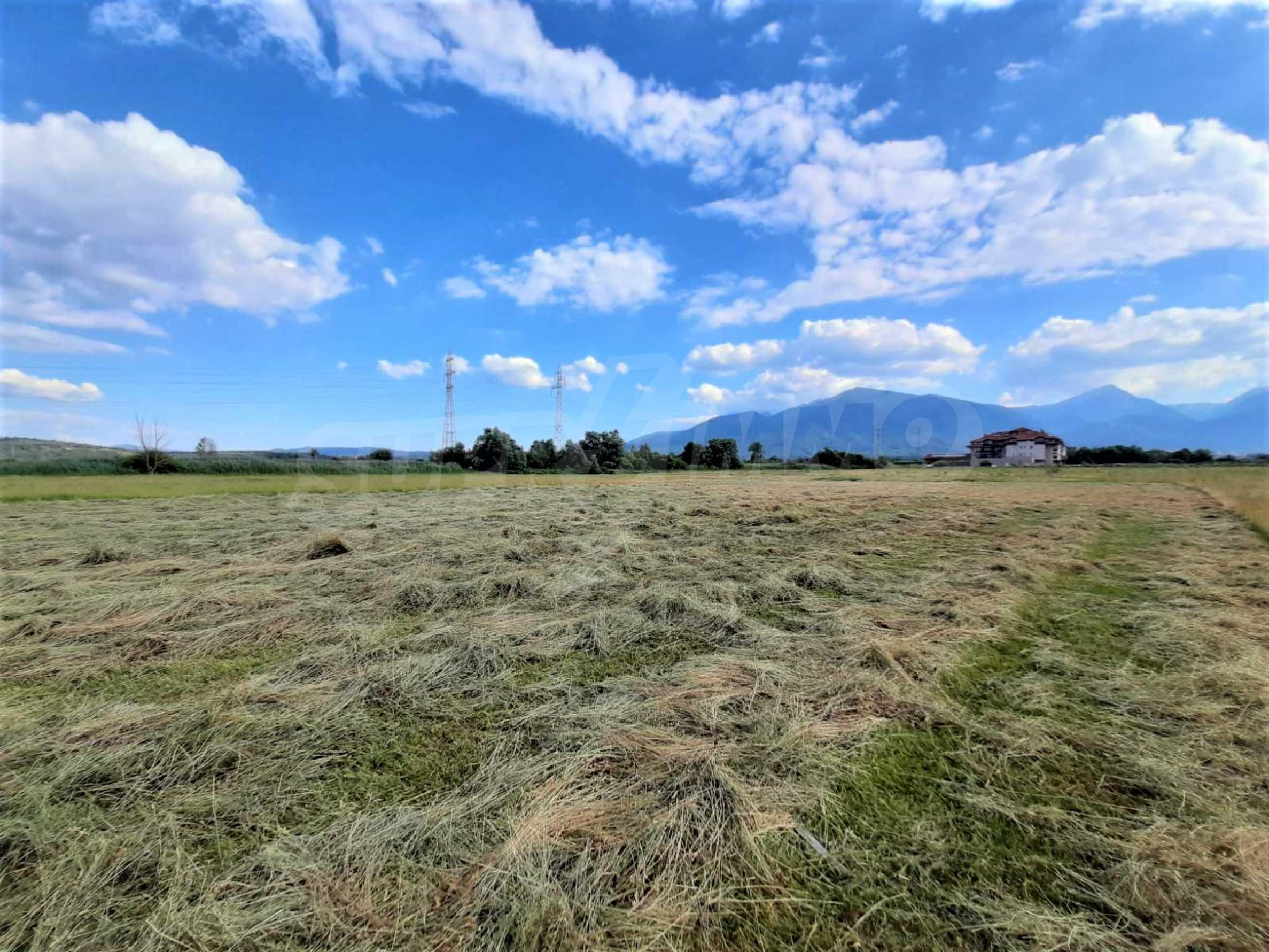 Земеделска земя за продажба, разположена в близост до ски курорта Банско 1