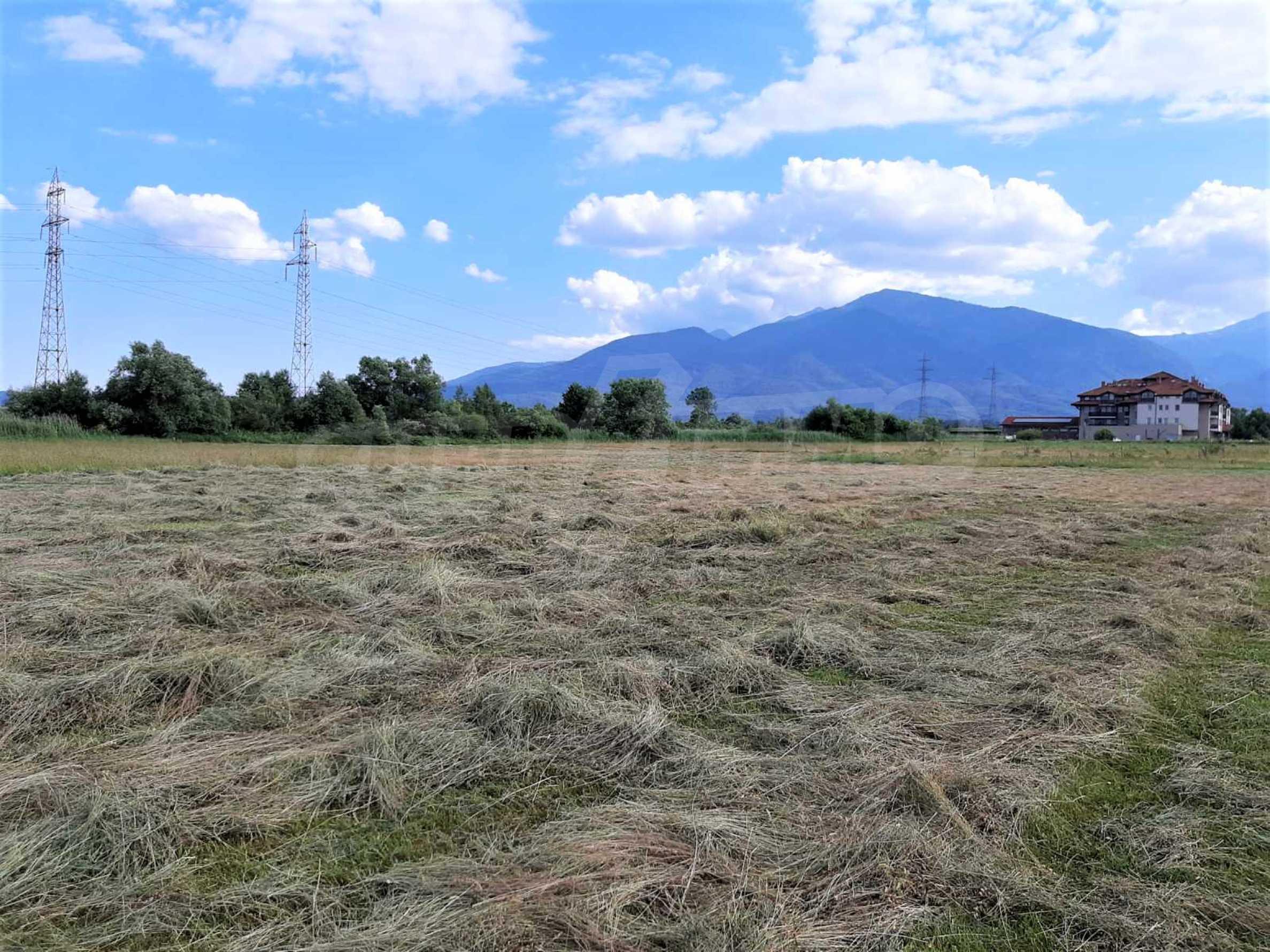 Земеделска земя за продажба, разположена в близост до ски курорта Банско 2